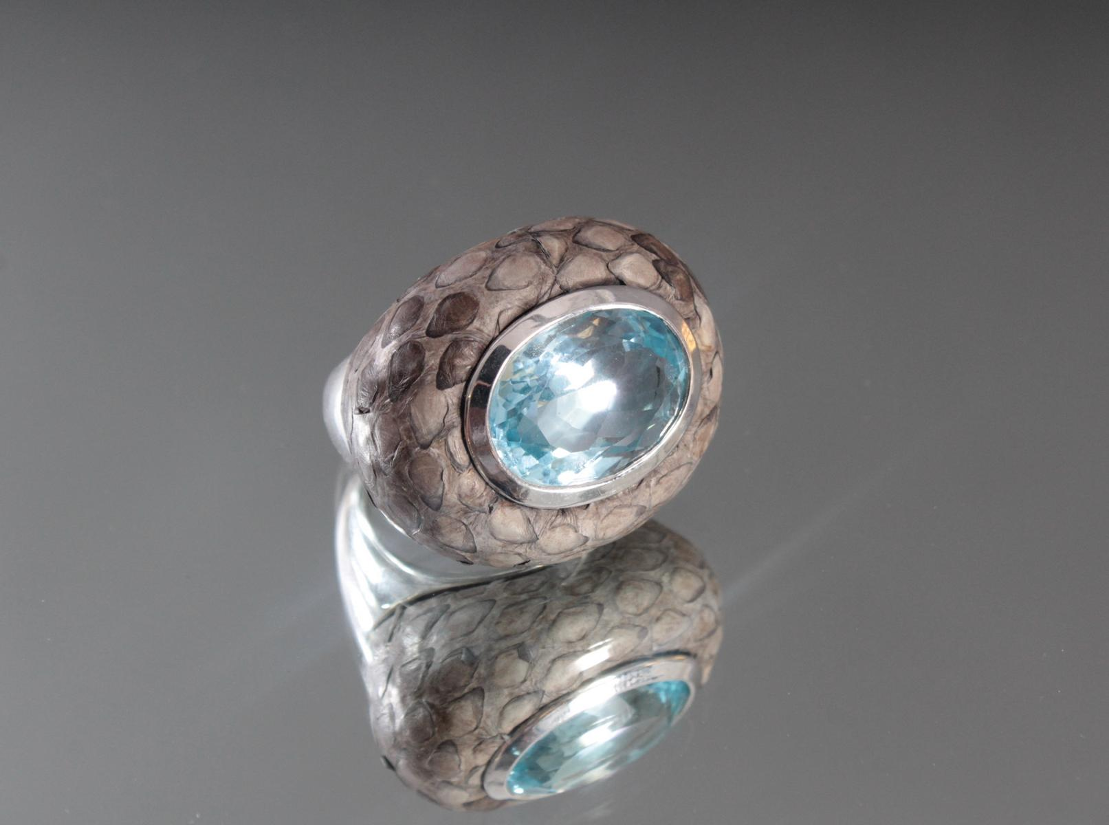 Damenring aus Sterlingsilber, Aquamarin und Schlangenhaut-2