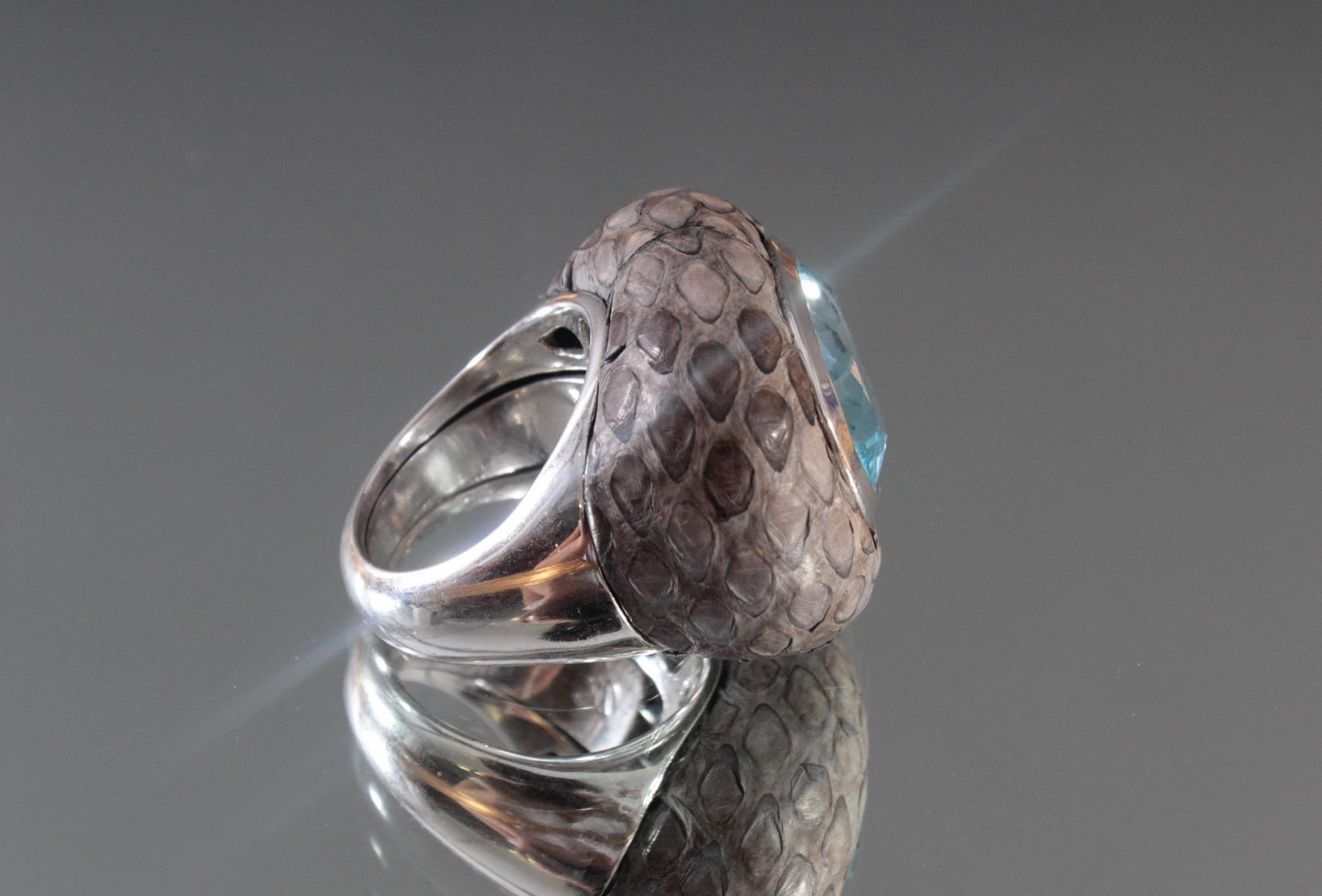 Damenring aus Sterlingsilber, Aquamarin und Schlangenhaut-3