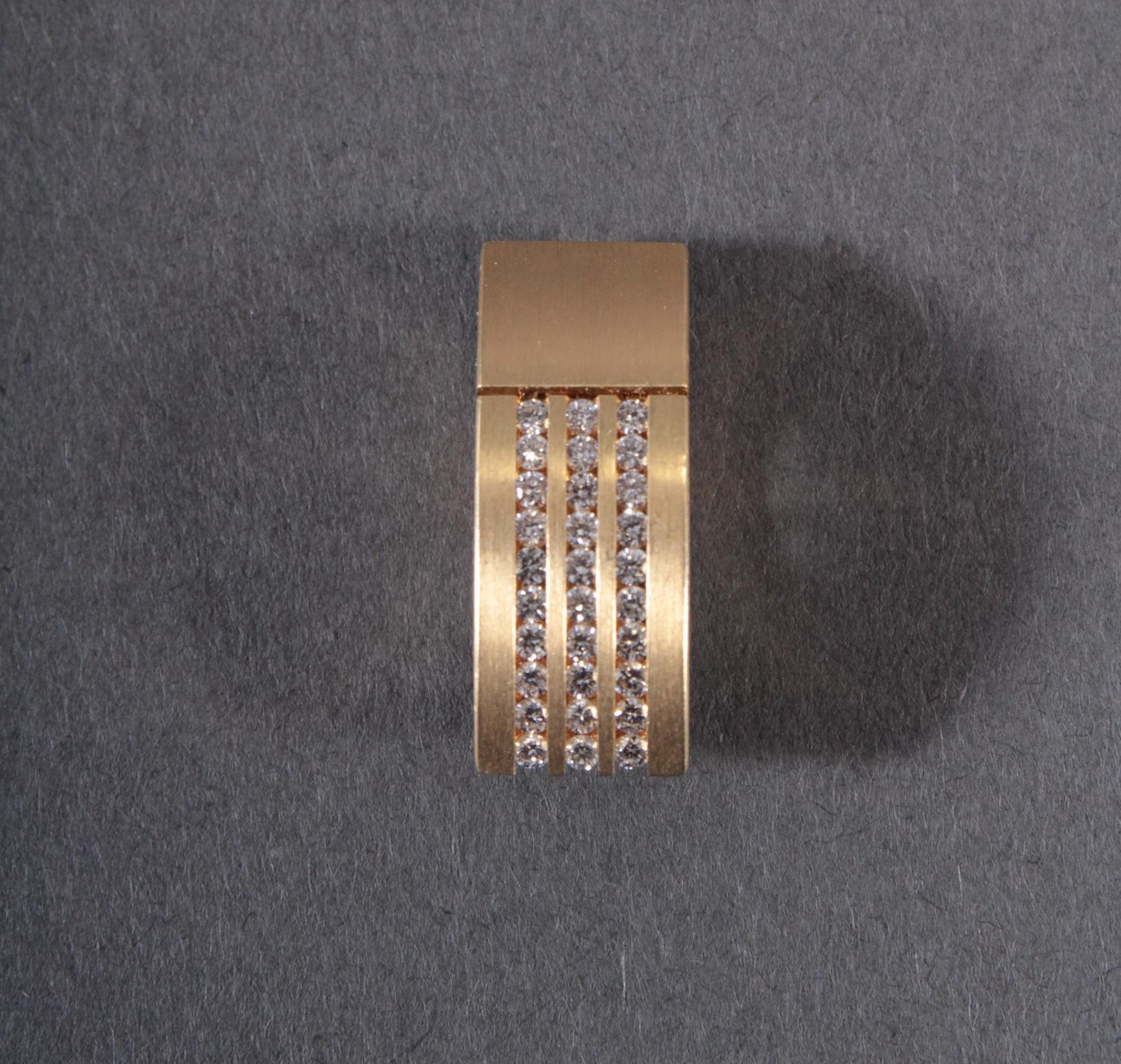 Anhänger mit Diamanten aus 18 Karat Gelbgold-5