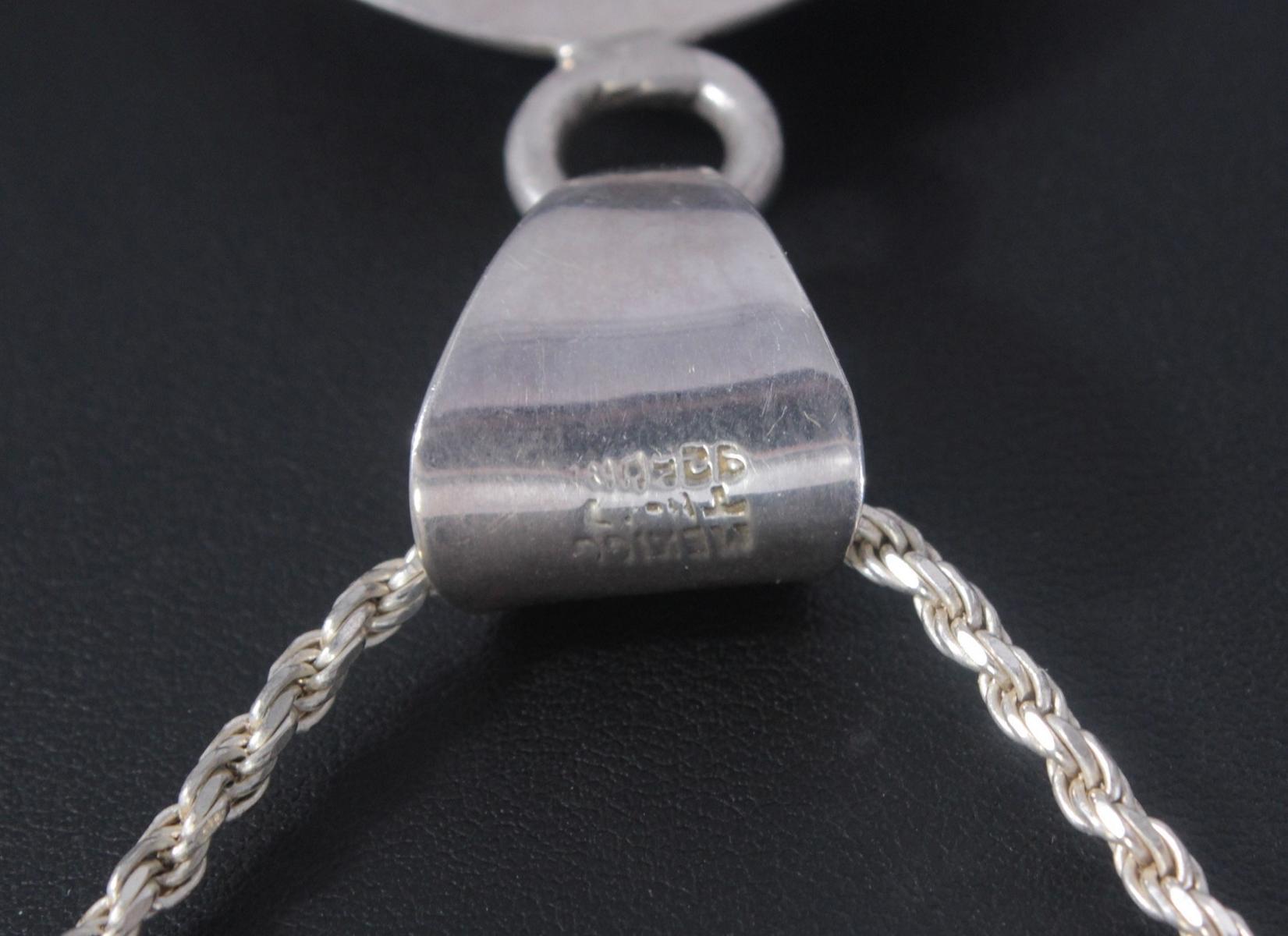 Silberne Halskette mit großem Türkisanhänger-4