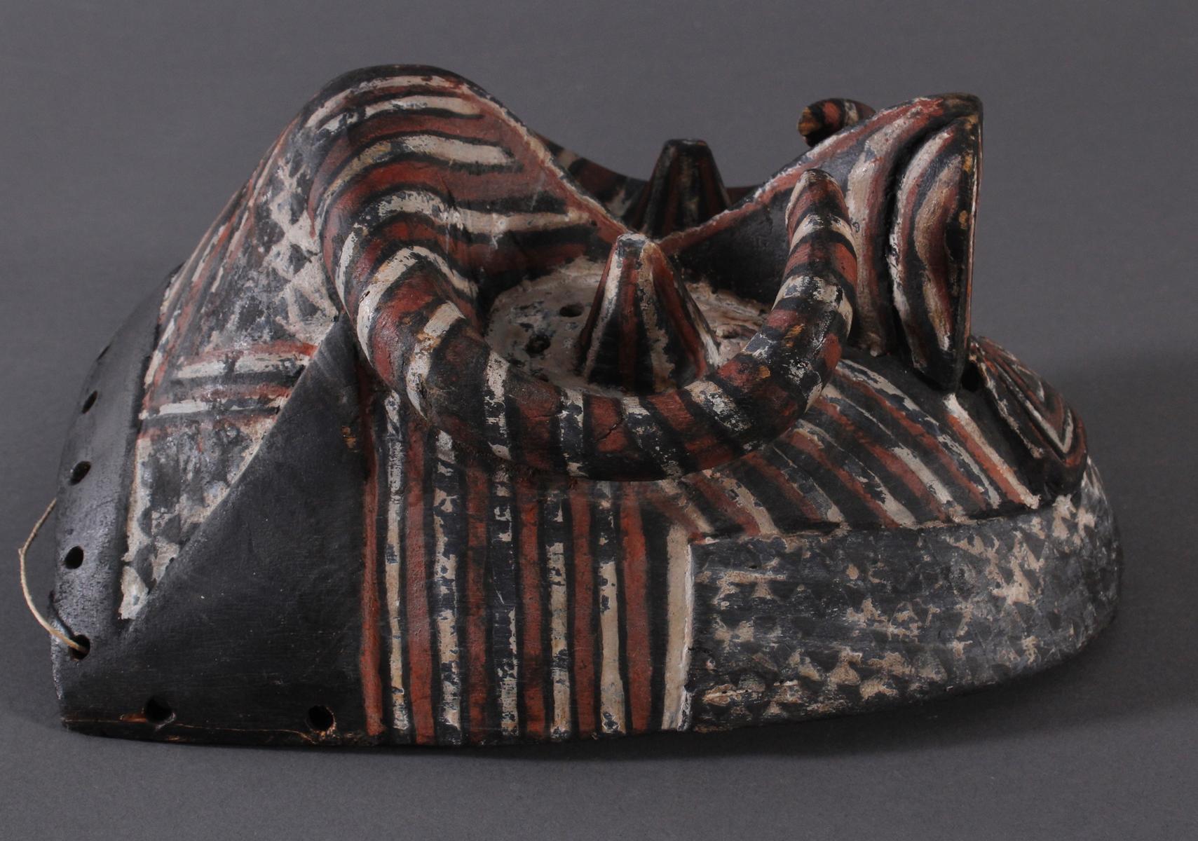 Antike Maske der Kuba-Ngeende, Kongo-2