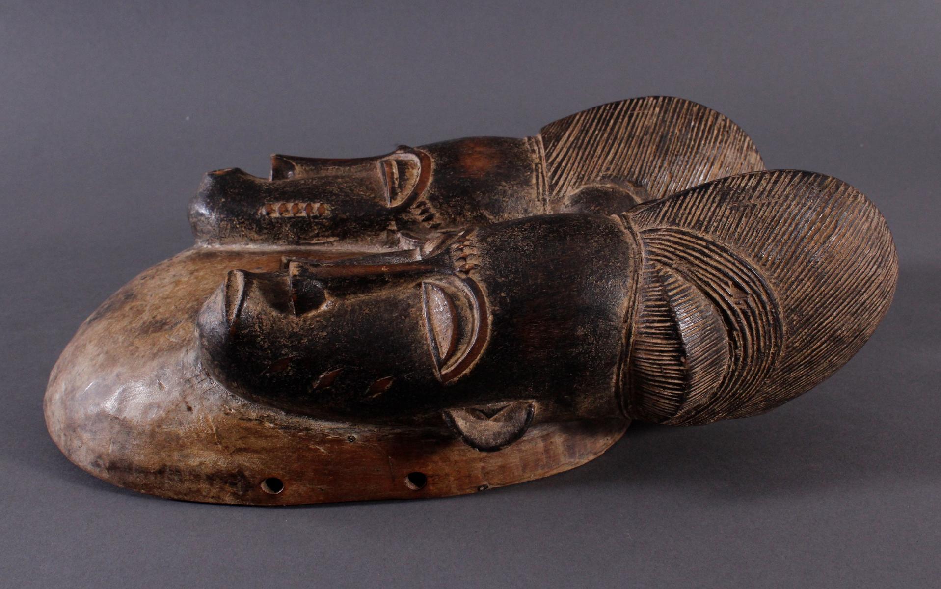 Antike Zwillingsmaske der Baule, Elfenbeinküste, 1. Hälfte 20. Jh.-3