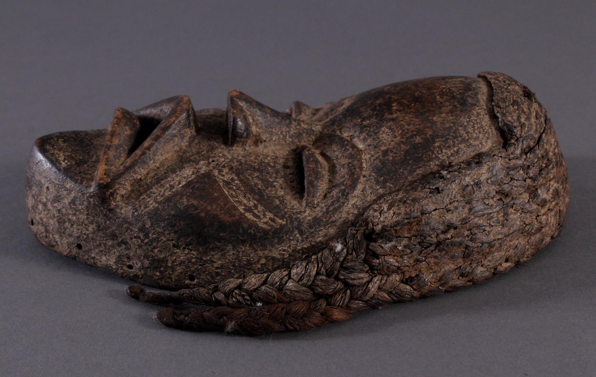 Antike Maske der Dan, Liberia-3