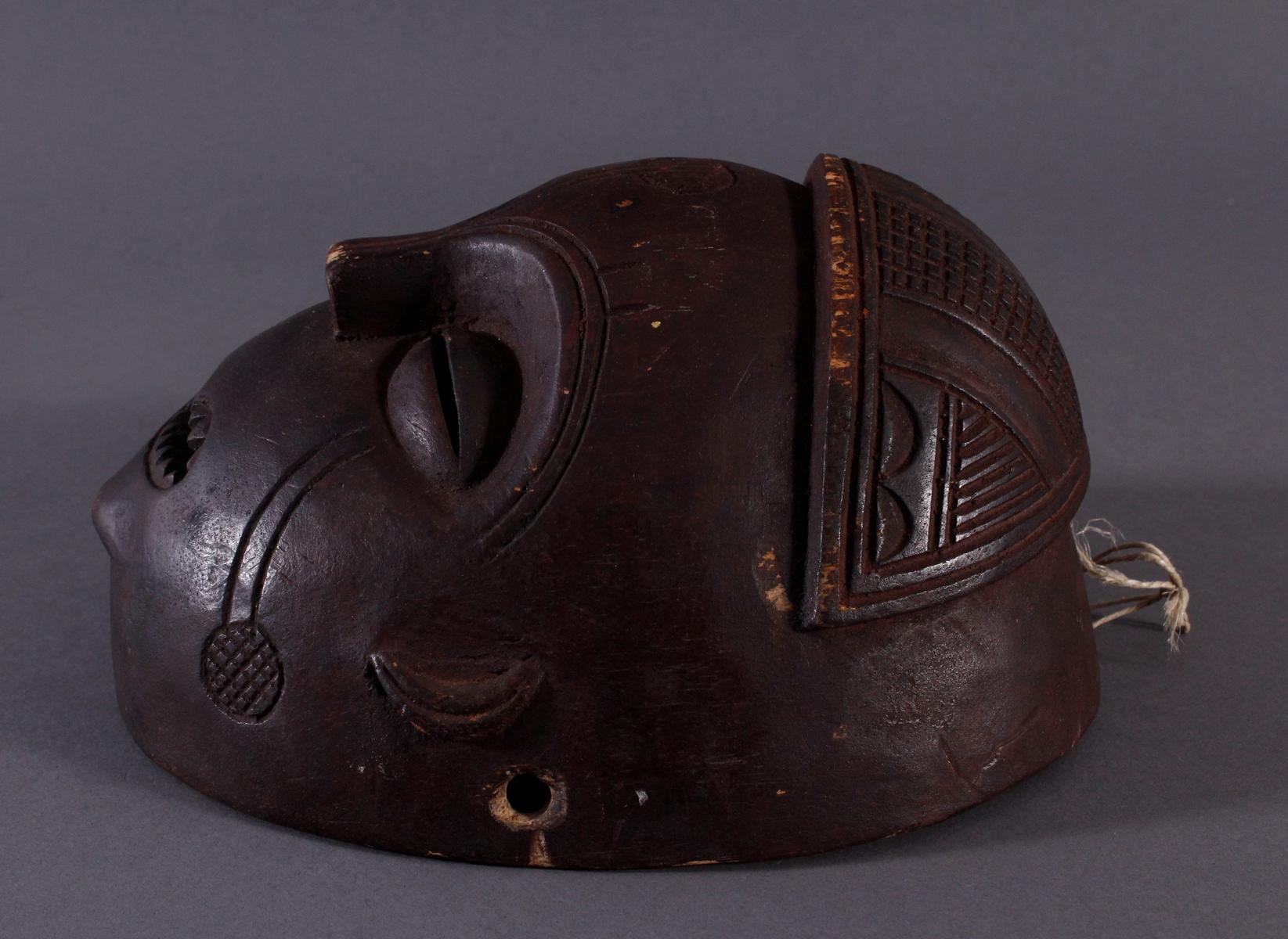 Antike Maske, Mbunda, Sambia-3