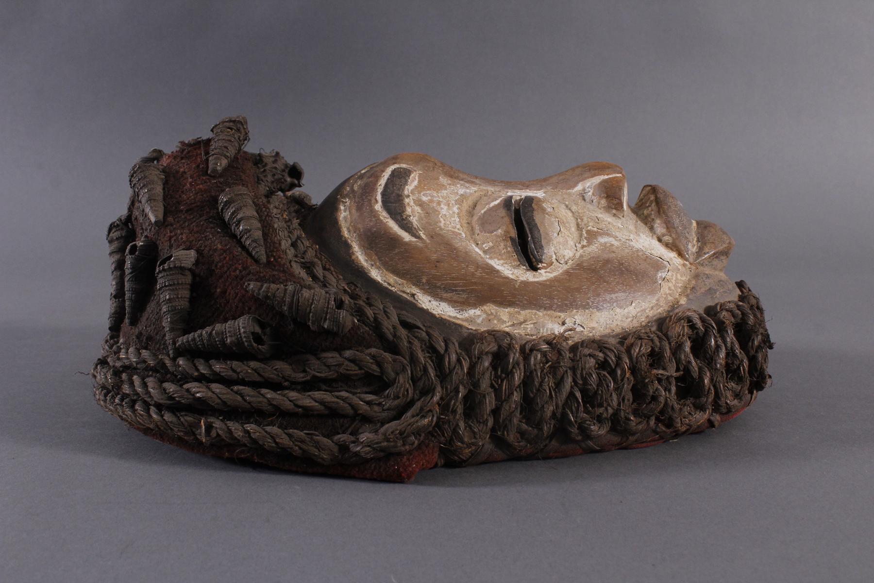Antike Maske, Wobe/Bete, Elfenbeisküste 1. Hälfte 20. Jh.-3