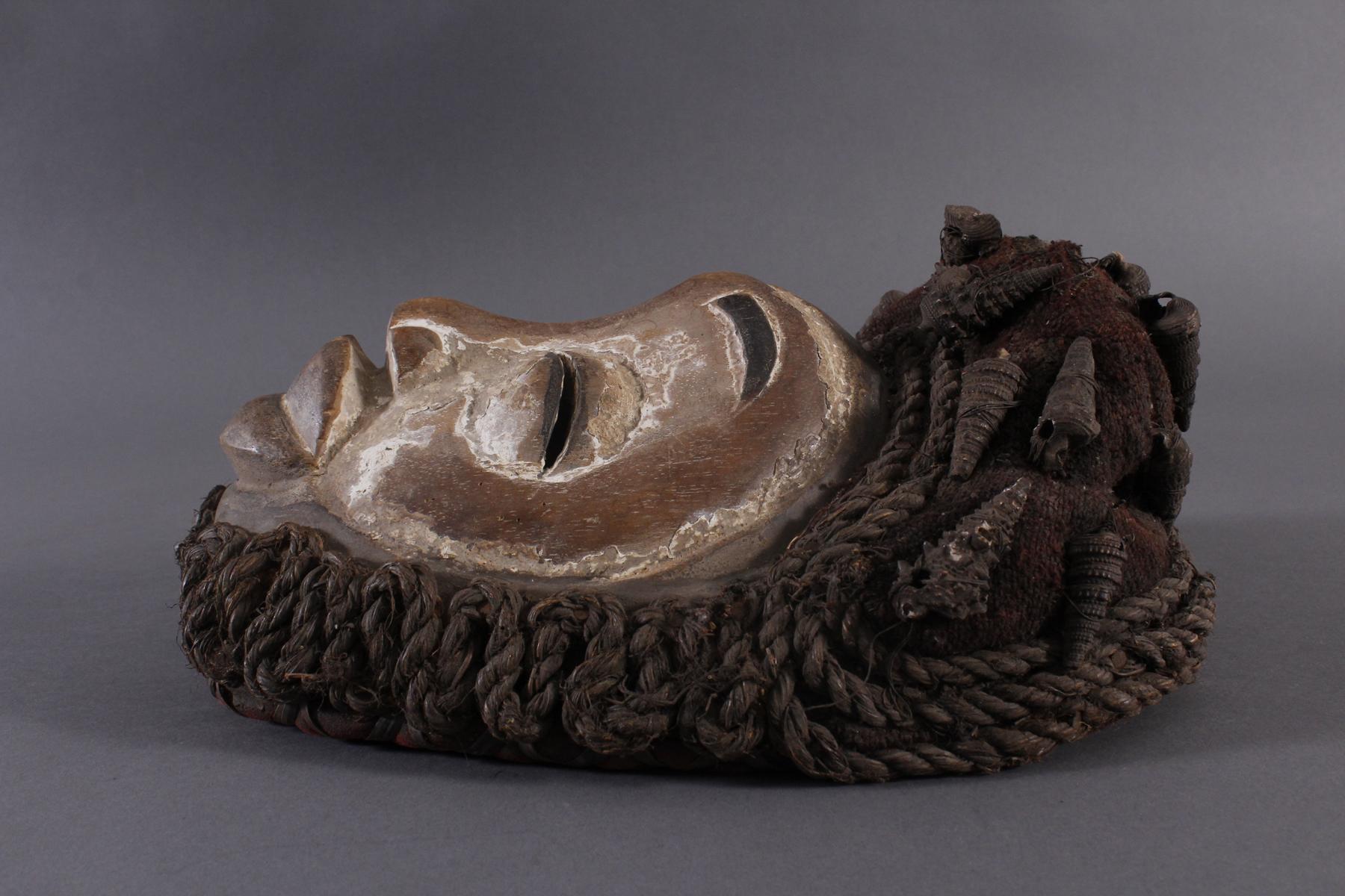 Antike Maske, Wobe/Bete, Elfenbeisküste 1. Hälfte 20. Jh.-5