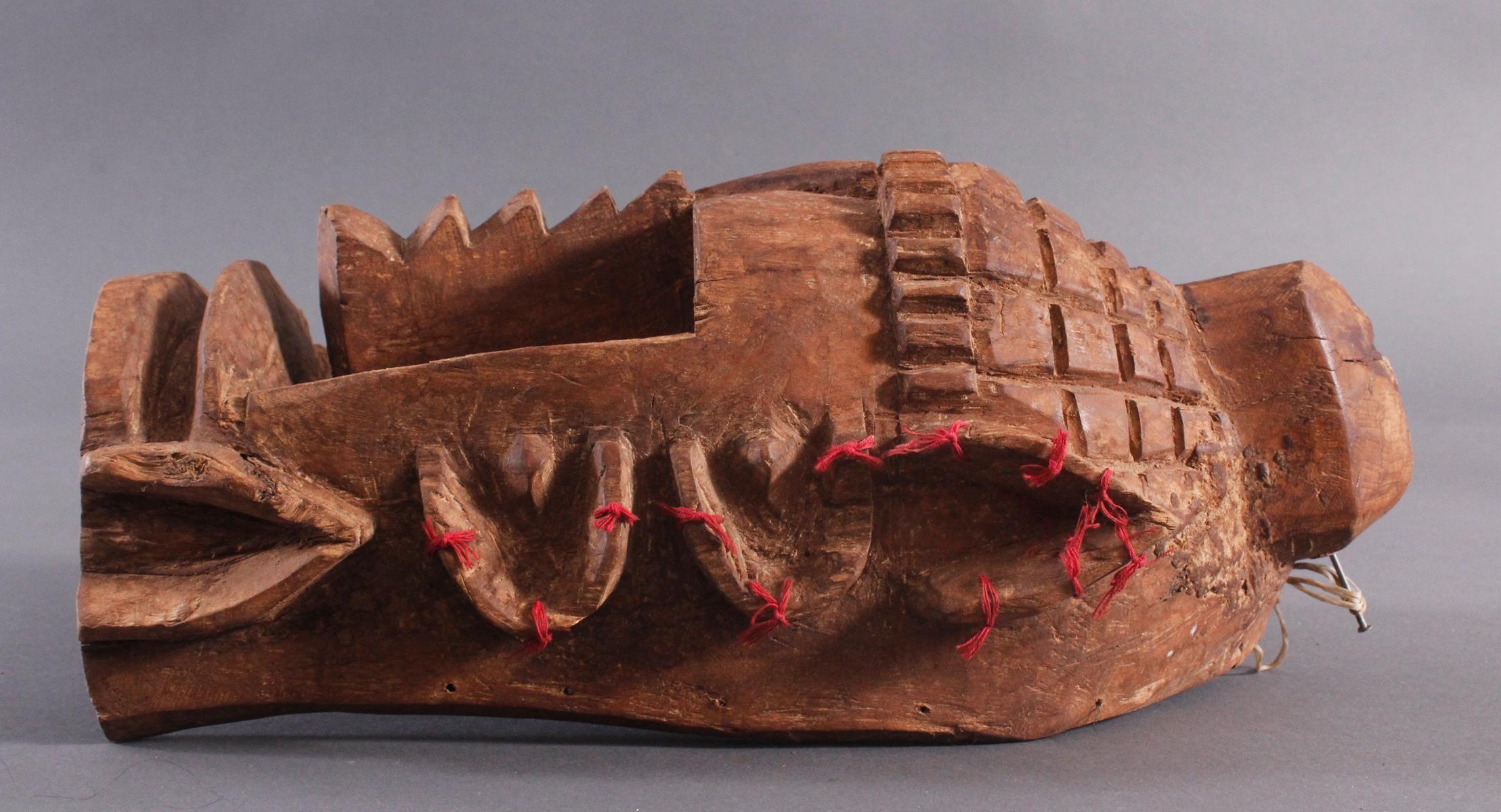 Antike Wandmaske, Mambila Kamerun 1. Hälfte 20. Jh.-3