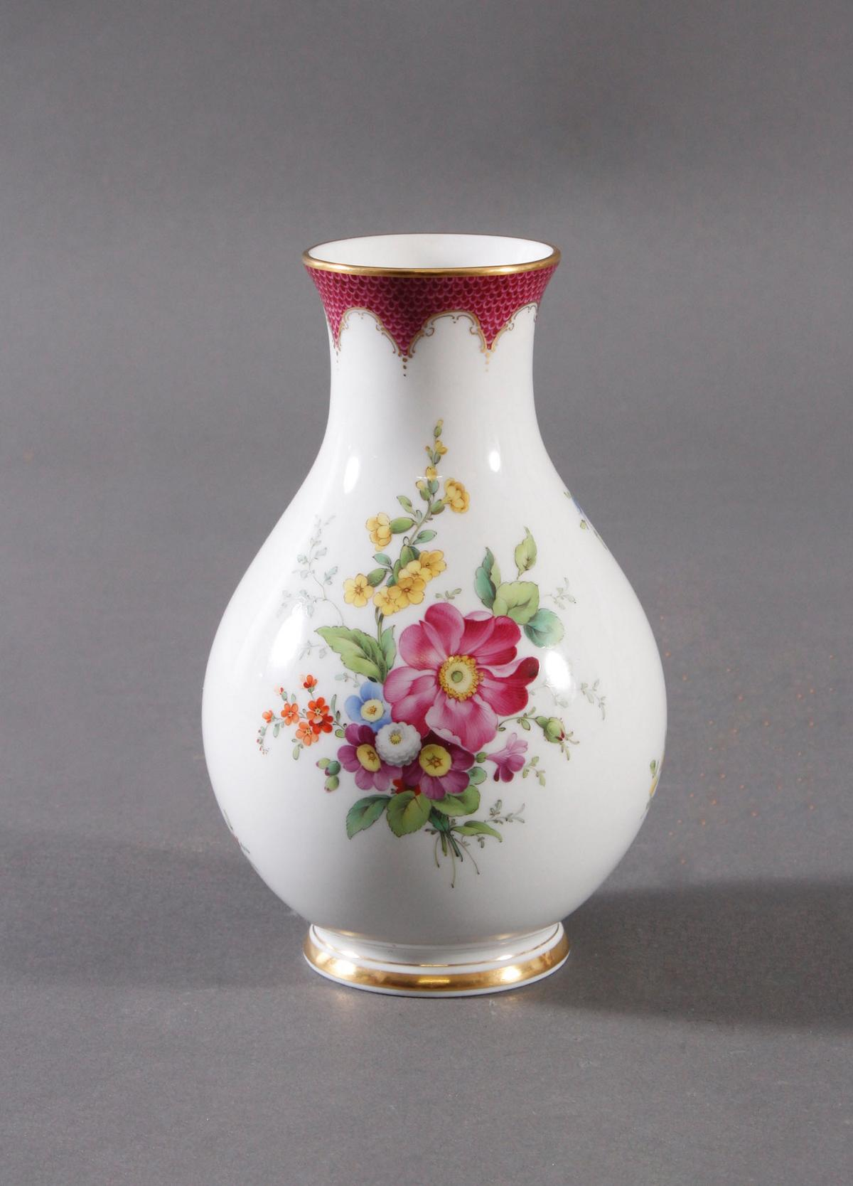 Vase, Höchster Porzellanmanufaktur, signiert Kurt Schröder (1927 – 2008)