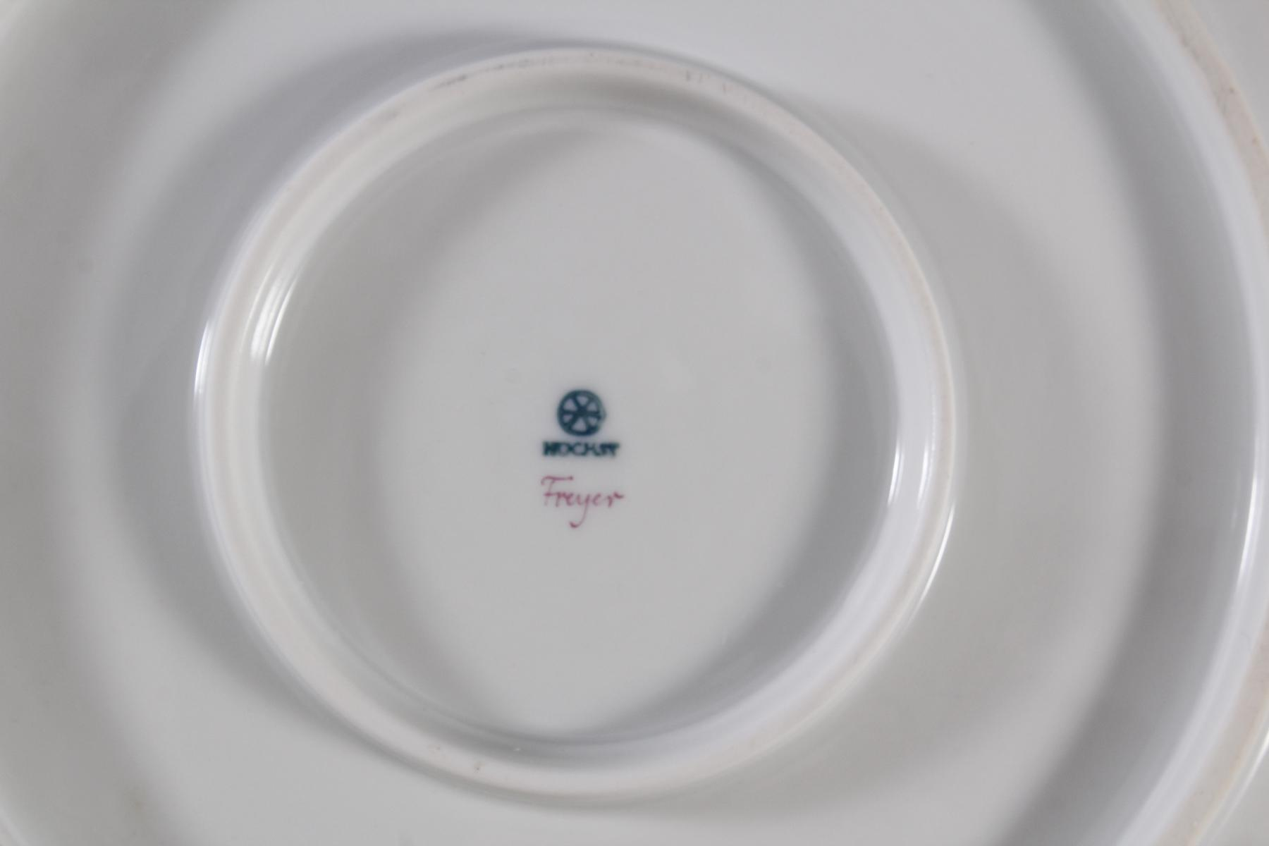 2 Prunkteller, Höchster Porzellanmanufaktur-5