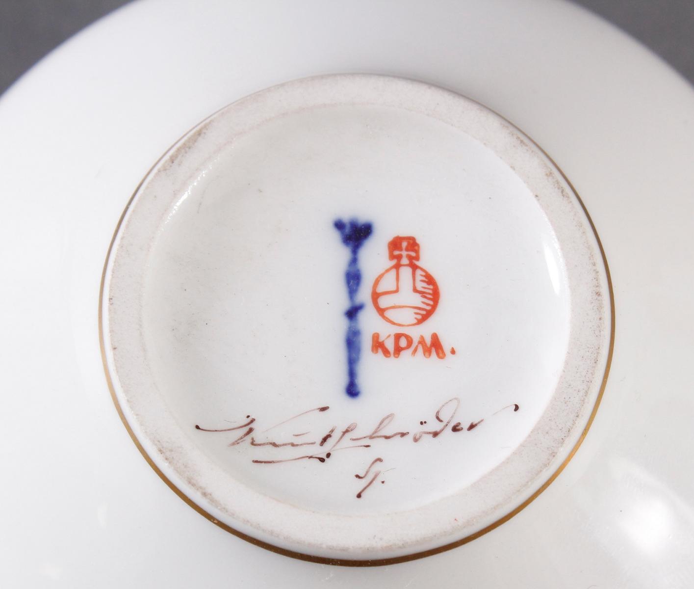 Kleine Vase KPM Berlin, signiert Kurt Schröder-3