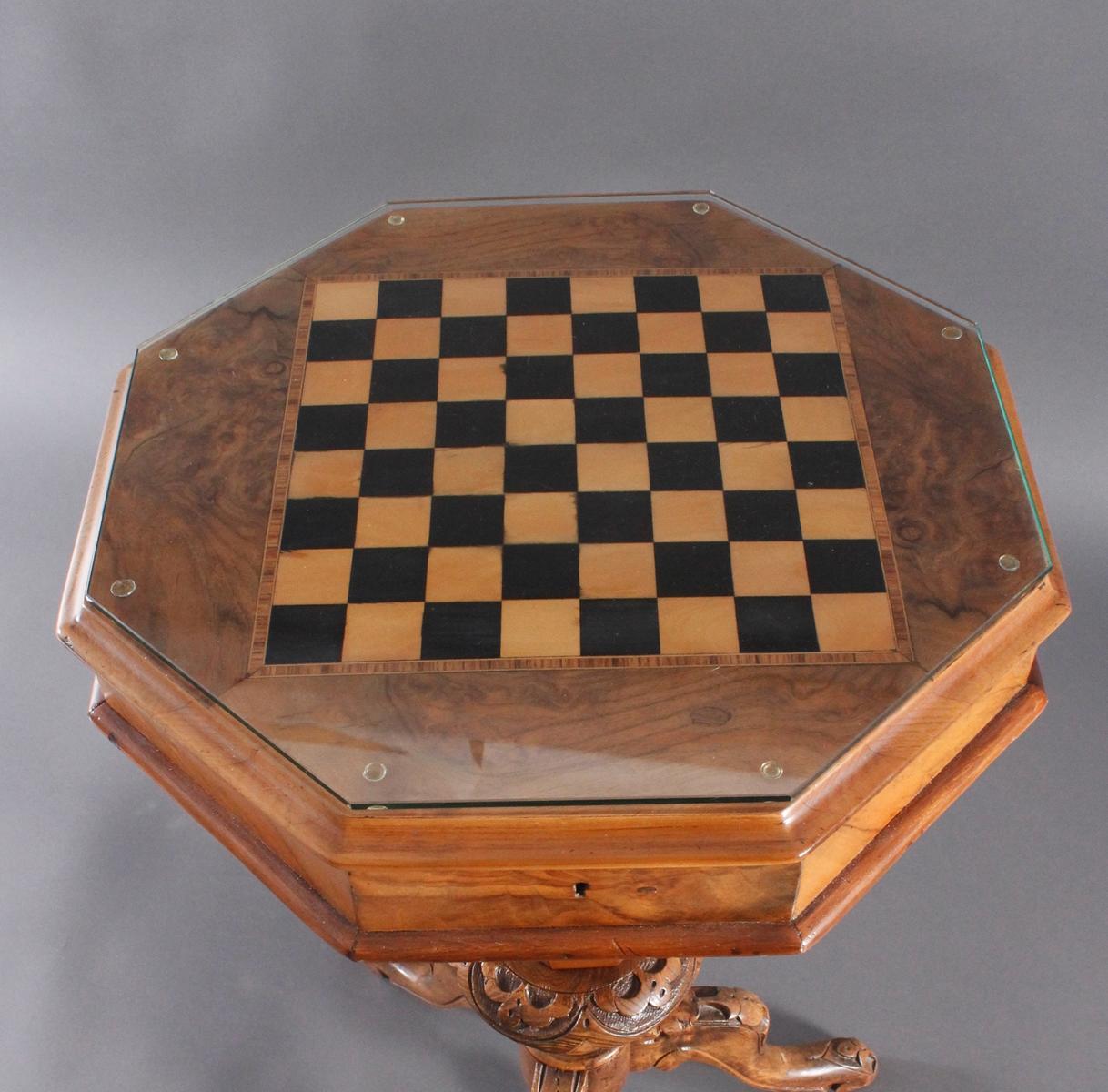 Schach-/Beistelltisch, 19. Jahrhundert-3