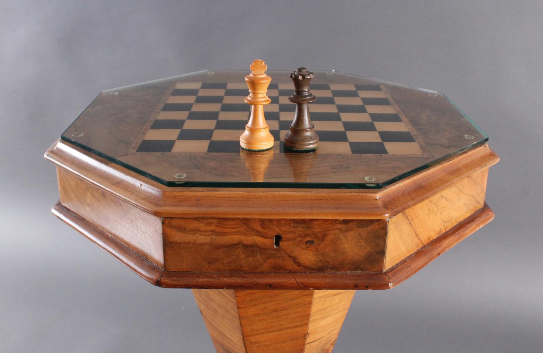 Schach-/Beistelltisch, 19. Jahrhundert-4