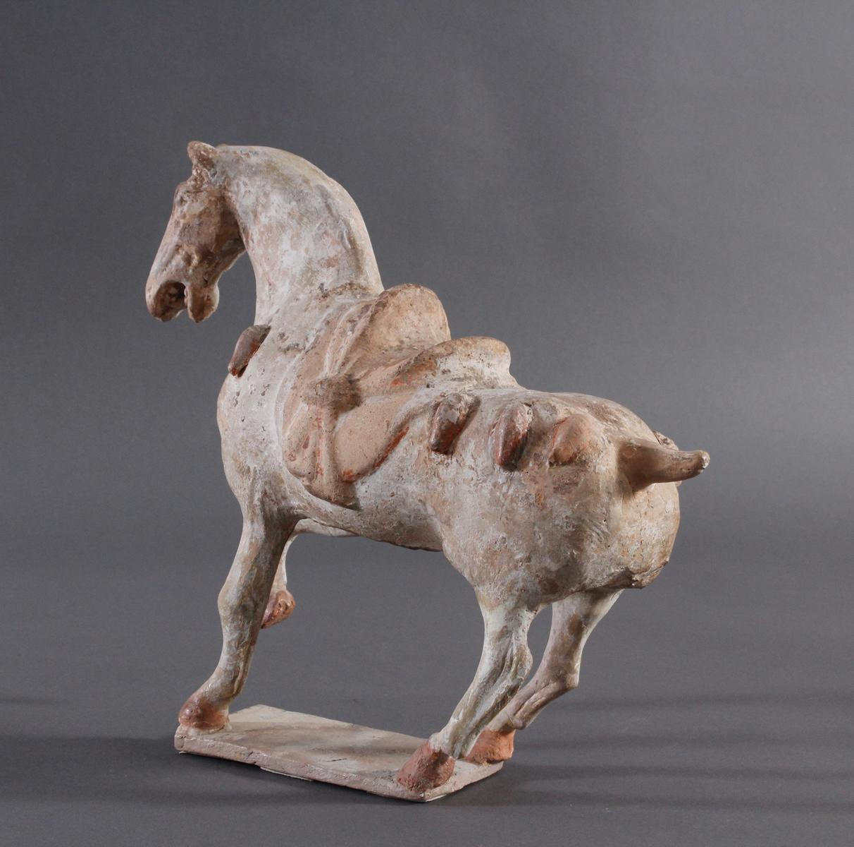 China Tang-Dynastie, Pferd aus gebranntem Ton-5