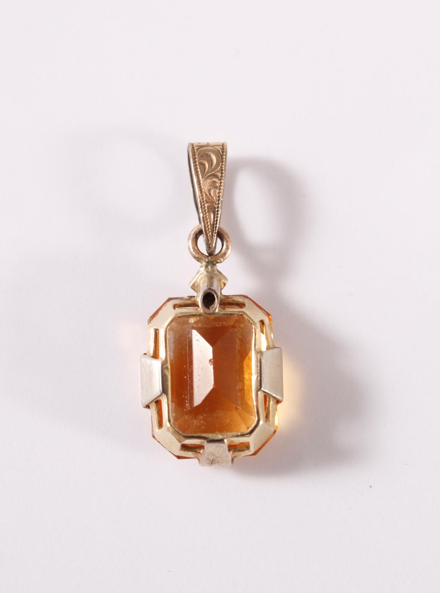 Antiker Anhänger mit Citrin und kleinem Diamanten, Fassung aus 14 kt Gelbgold, die Öse ist vergoldet-2