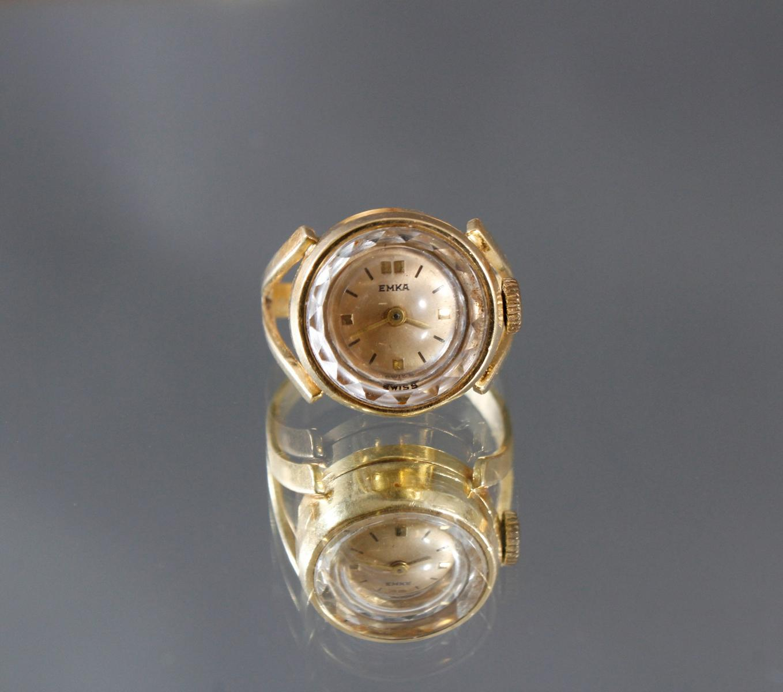 Damenring mit Uhr, 18 kt Gelbgold