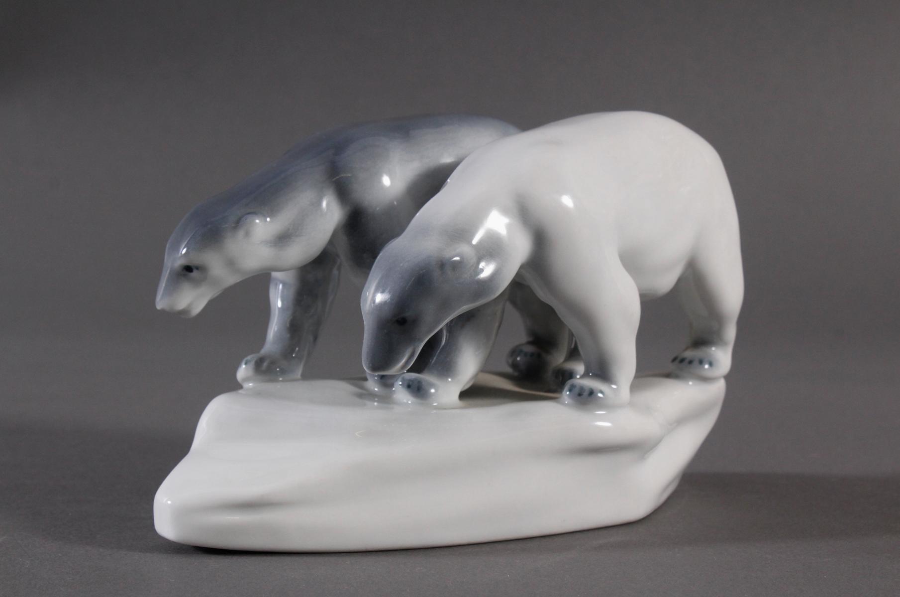 Porzellanfigur, Ungarn, 'Eisbären'