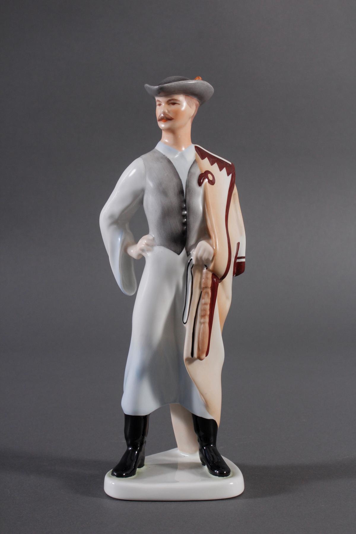 Porzellanfigur, Budapest Aquincum, 'Mann in Tracht'-2