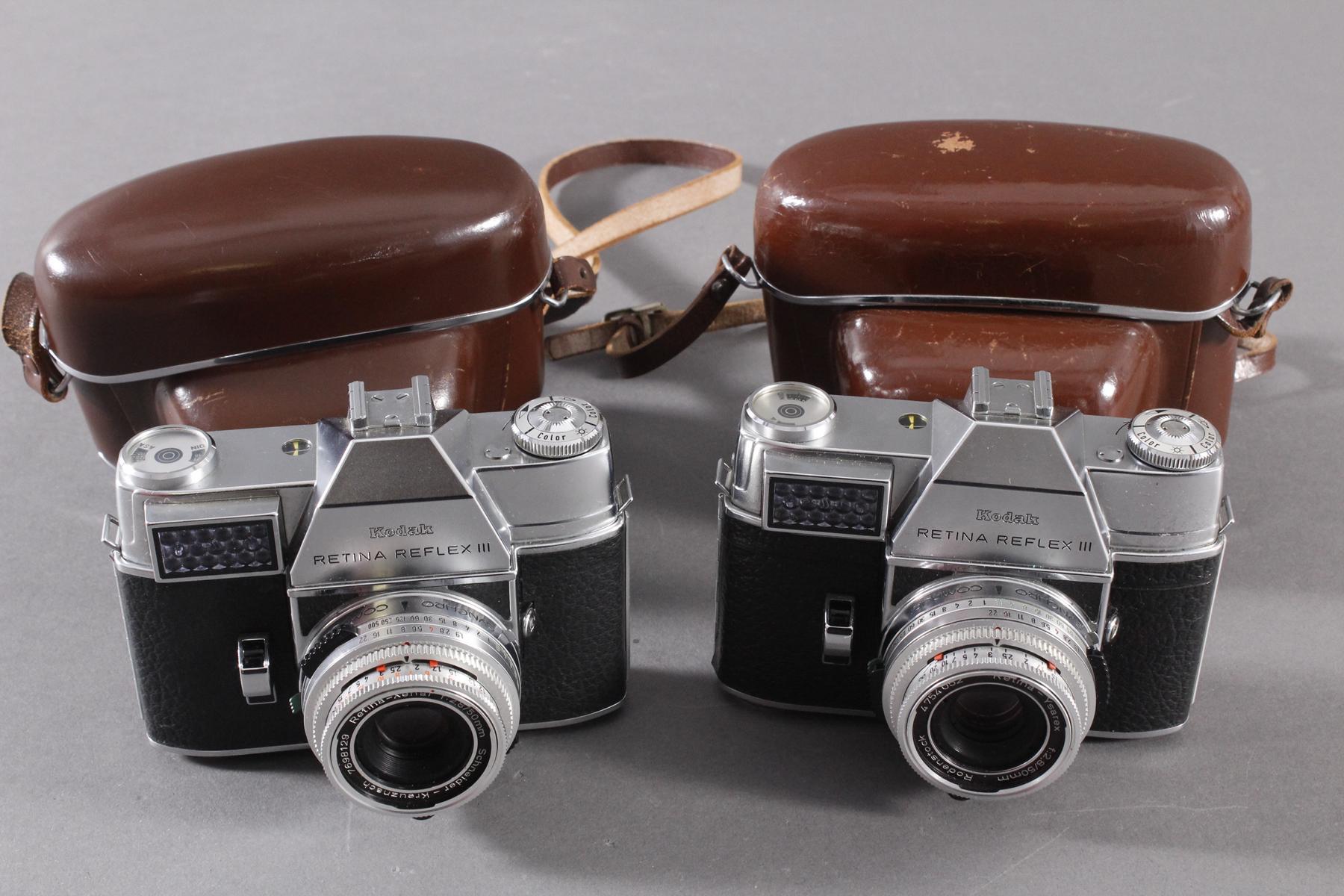 Zwei Fotoapparate/Kameras, Kodak-2
