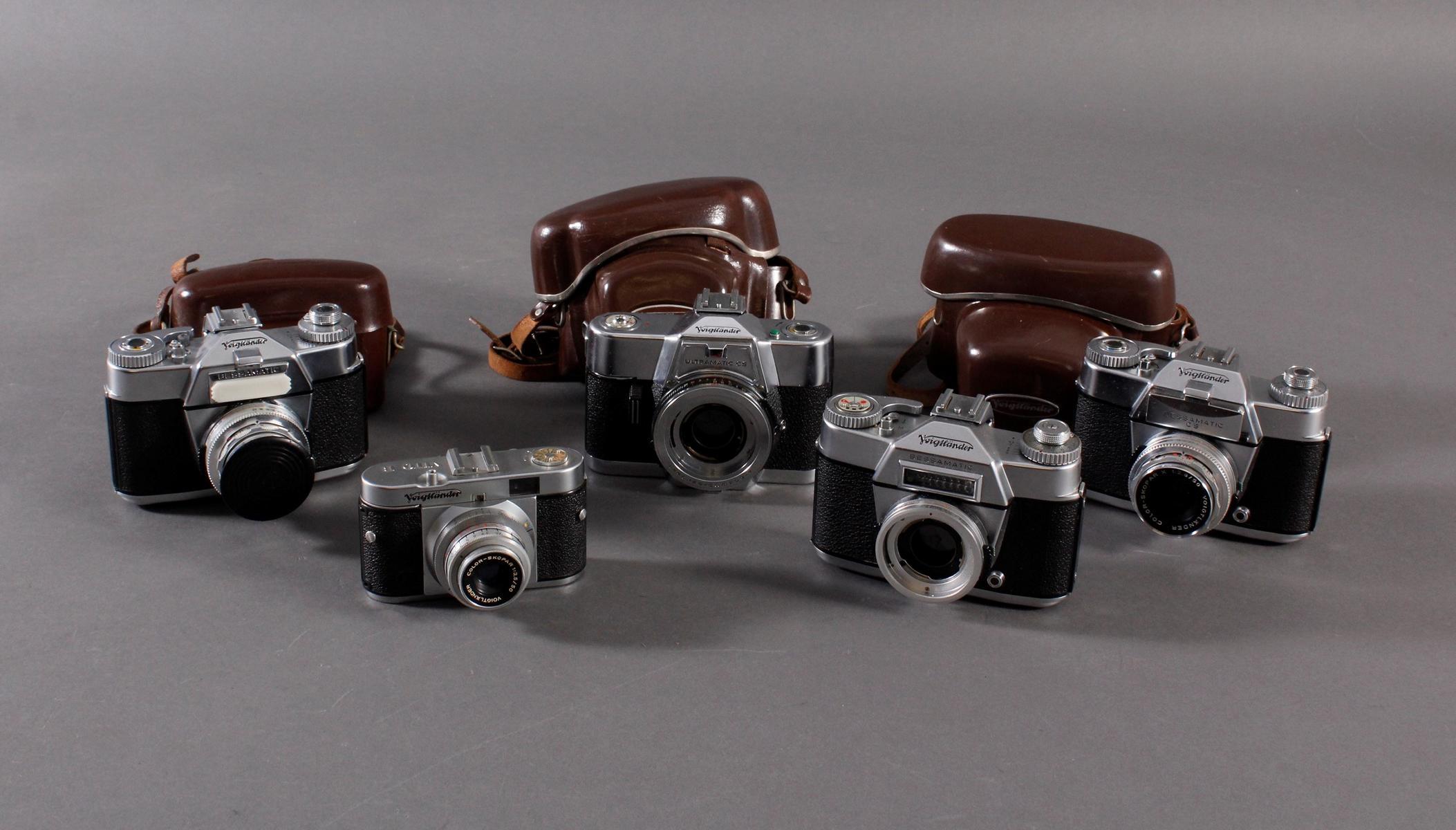 Fünf Fotoapparate/ Kameras, Voigtländer