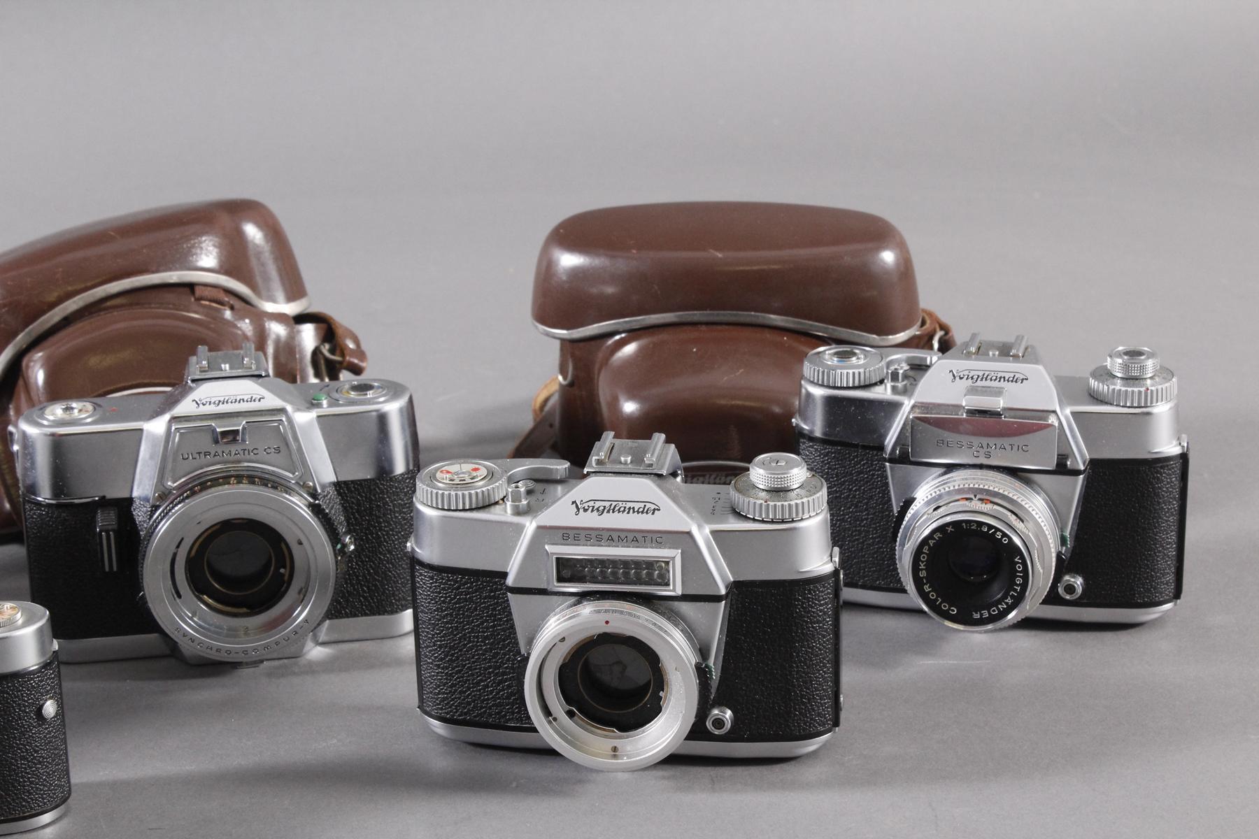 Fünf Fotoapparate/ Kameras, Voigtländer-3