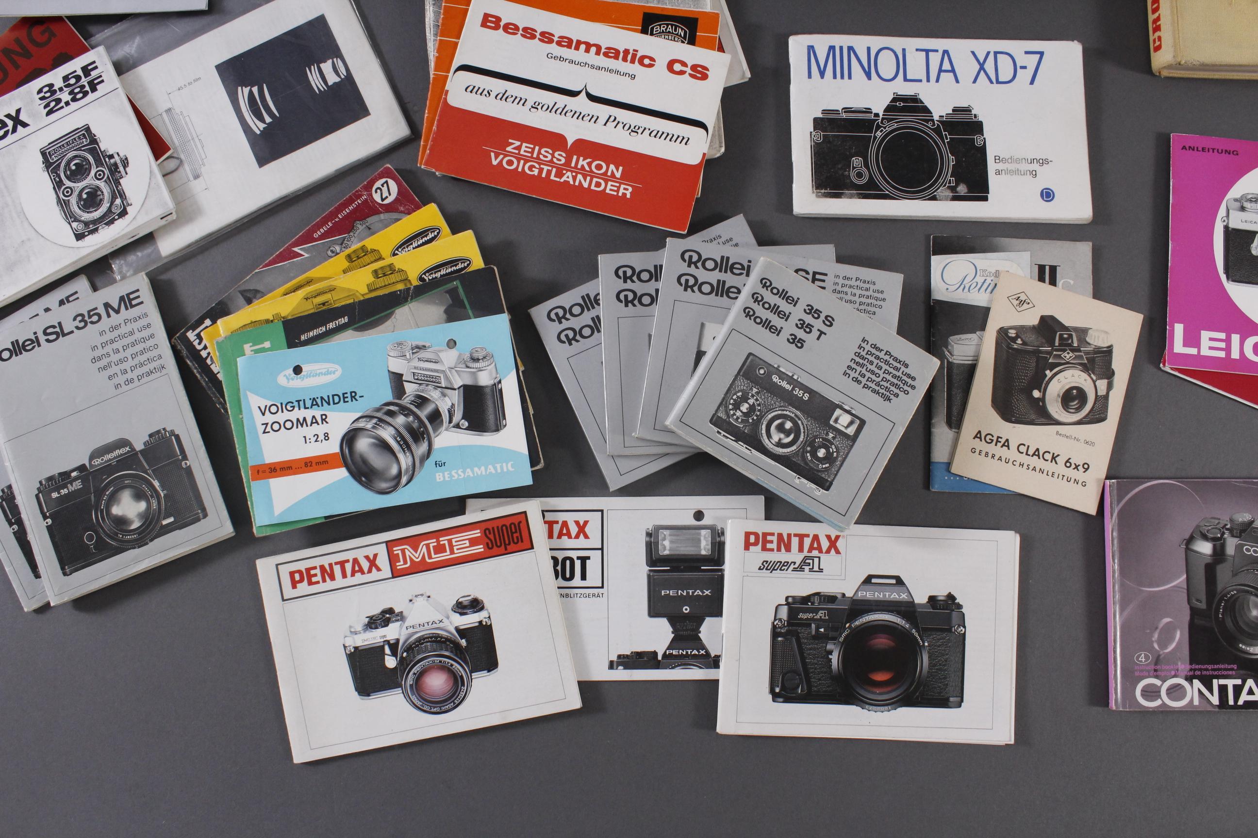 Konvolut Bedienungsanleitungen und Literatur für Fotoapparate-5