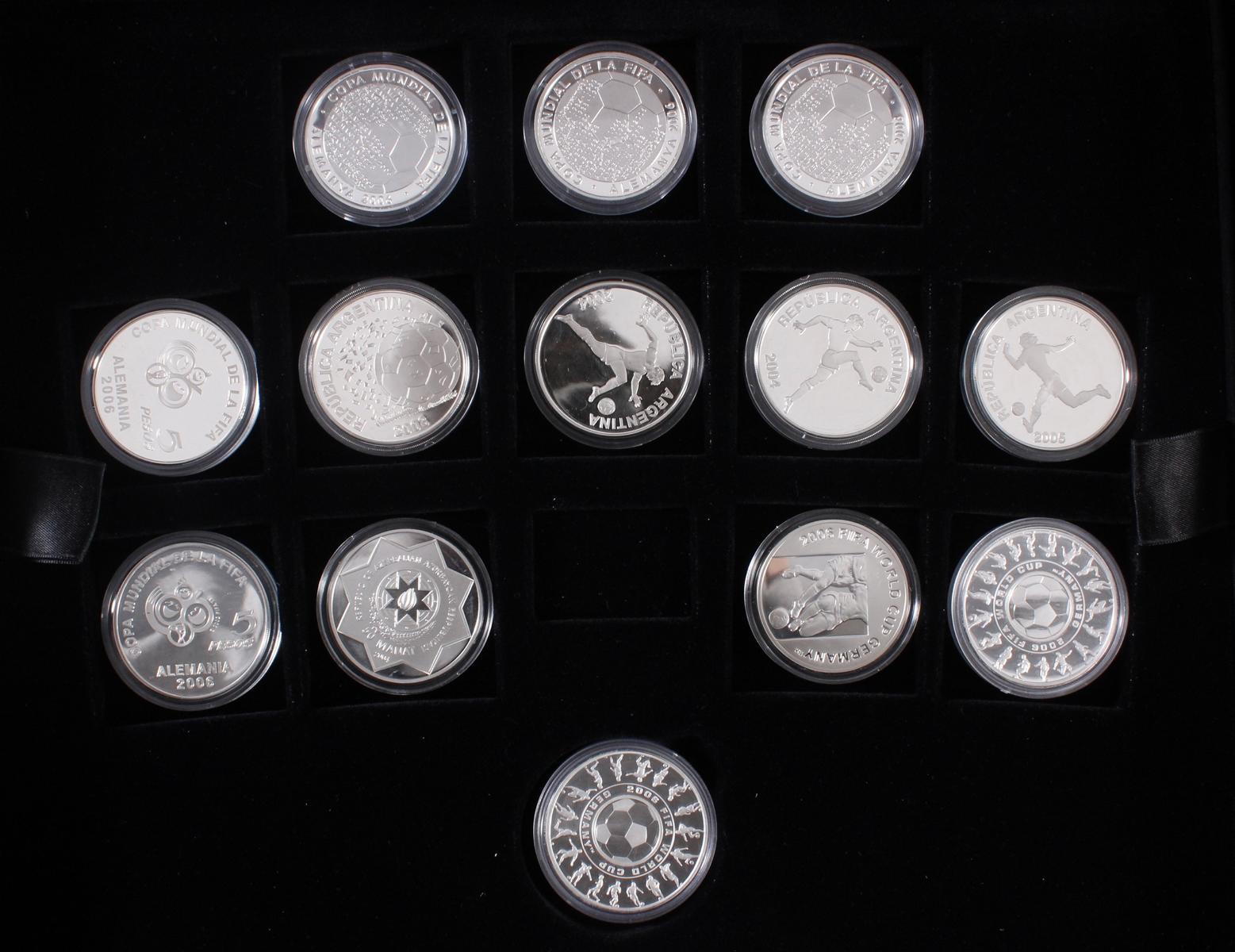 Die offiziellen Silber-Gedenkmünzen der Fifa Fußballweltmeisterschaft Deutschland 2006-5