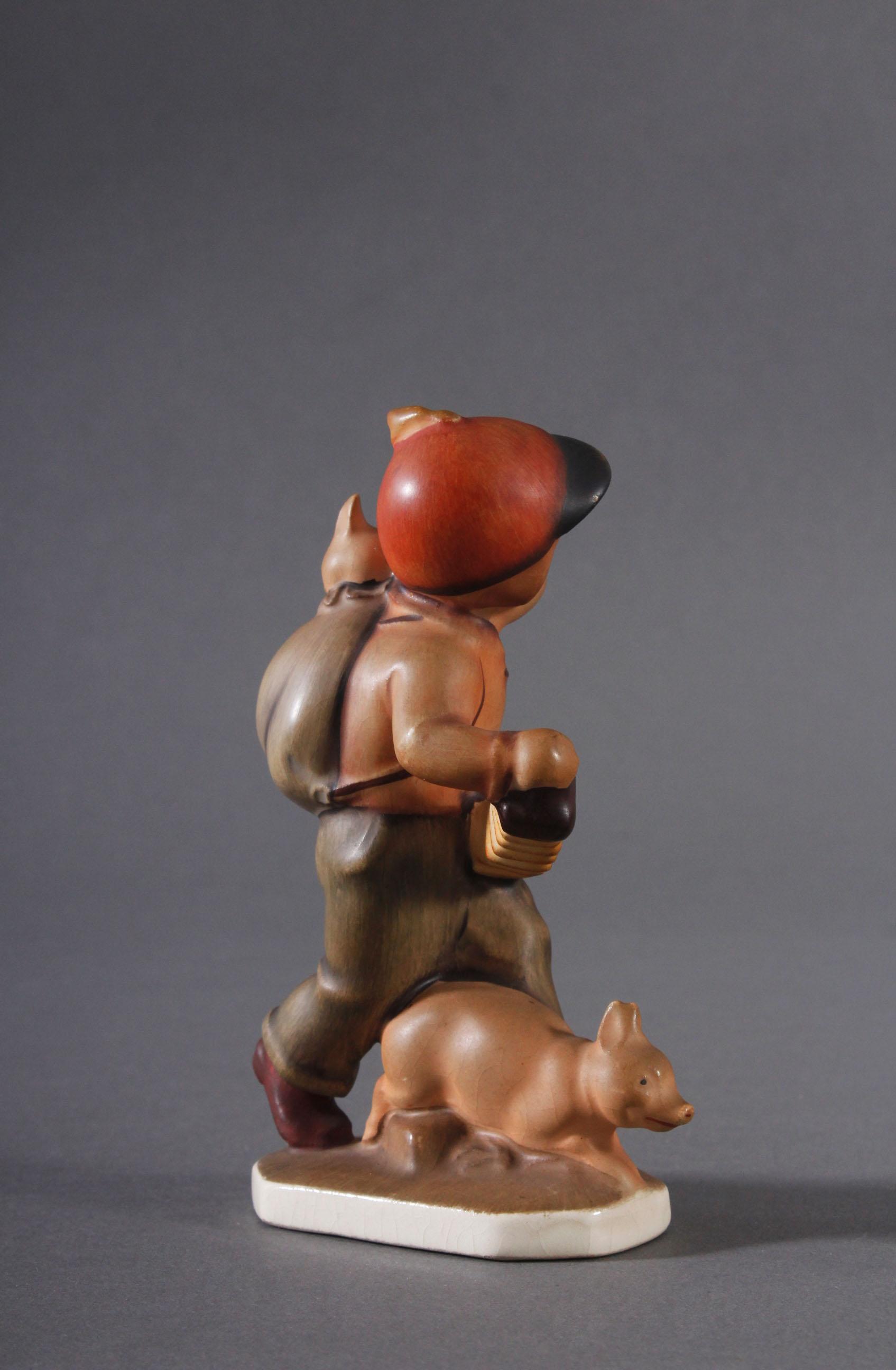 Hummelfigur 'Friedl' aus den 30er/40er Jahren-2