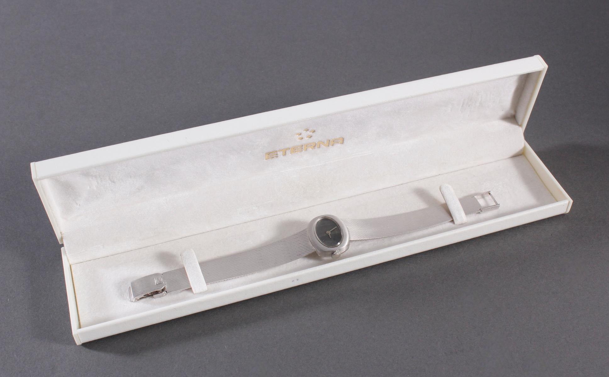 Zentra Damenarmbanduhr aus 14 kt Weißgold-7