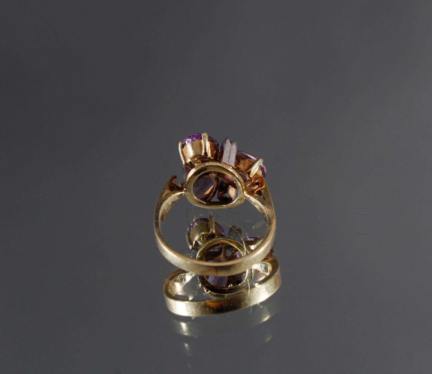 Damenring mit 3 kleinen Diamanten und 3 facettierten Amethysten, 14 kt Gelbgold-4