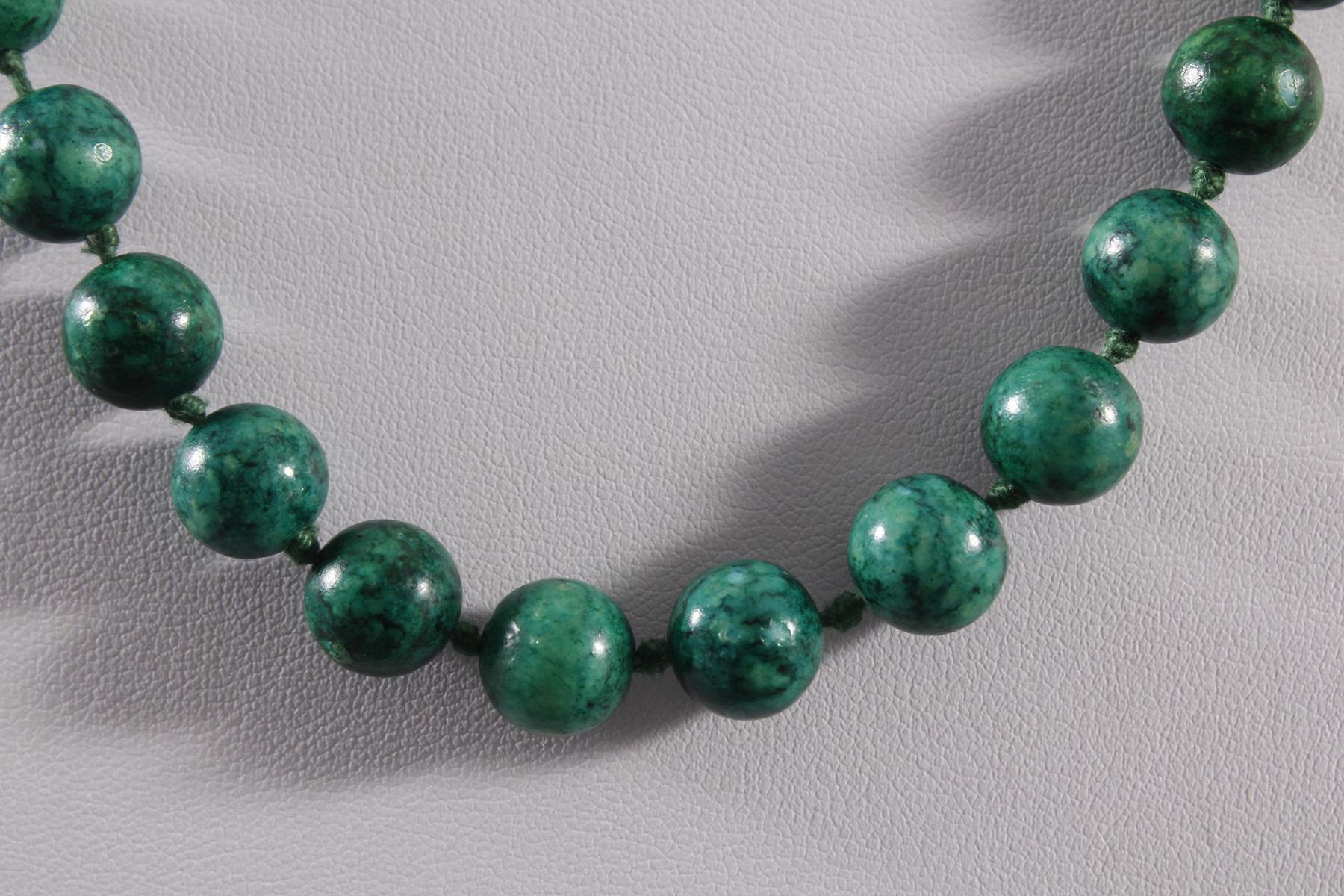Malachit Halskette mit 14 kt Gelbgoldschließe-2