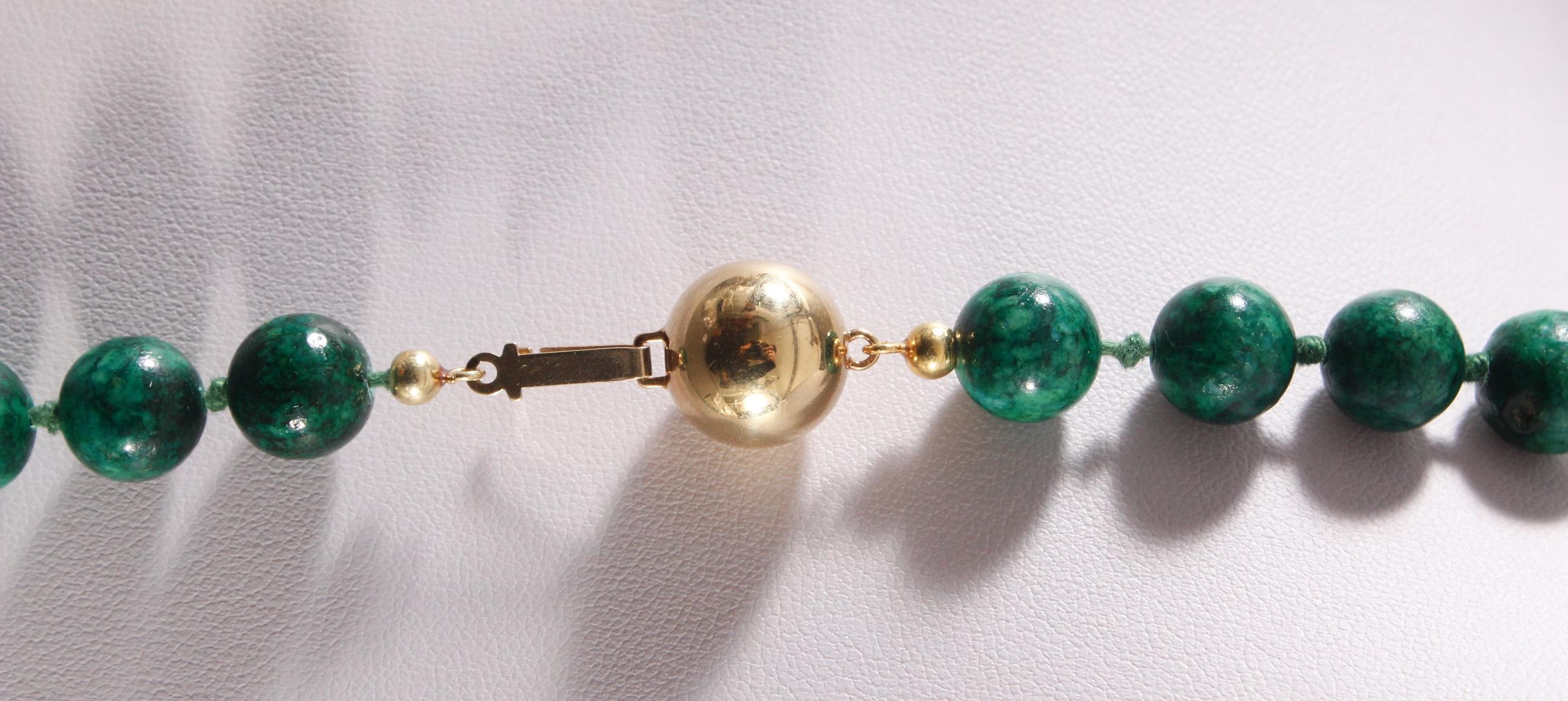 Malachit Halskette mit 14 kt Gelbgoldschließe-3