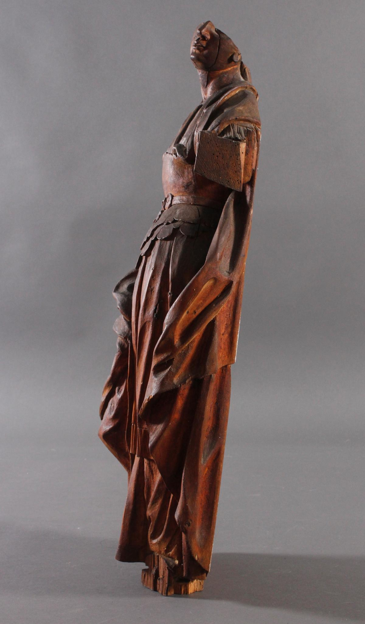 Figur einer Heiligen-4