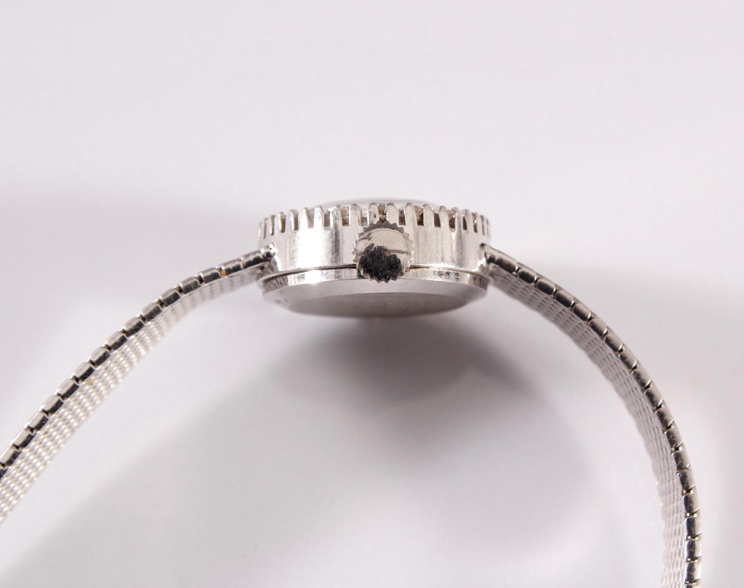 Damenarmbanduhr der Marke Beha mit Diamantkranz, 14 kt Weißgold-3