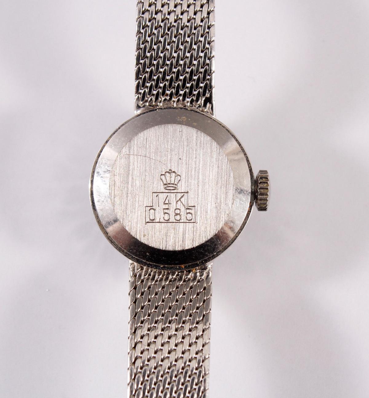 Damenarmbanduhr der Marke Beha mit Diamantkranz, 14 kt Weißgold-5