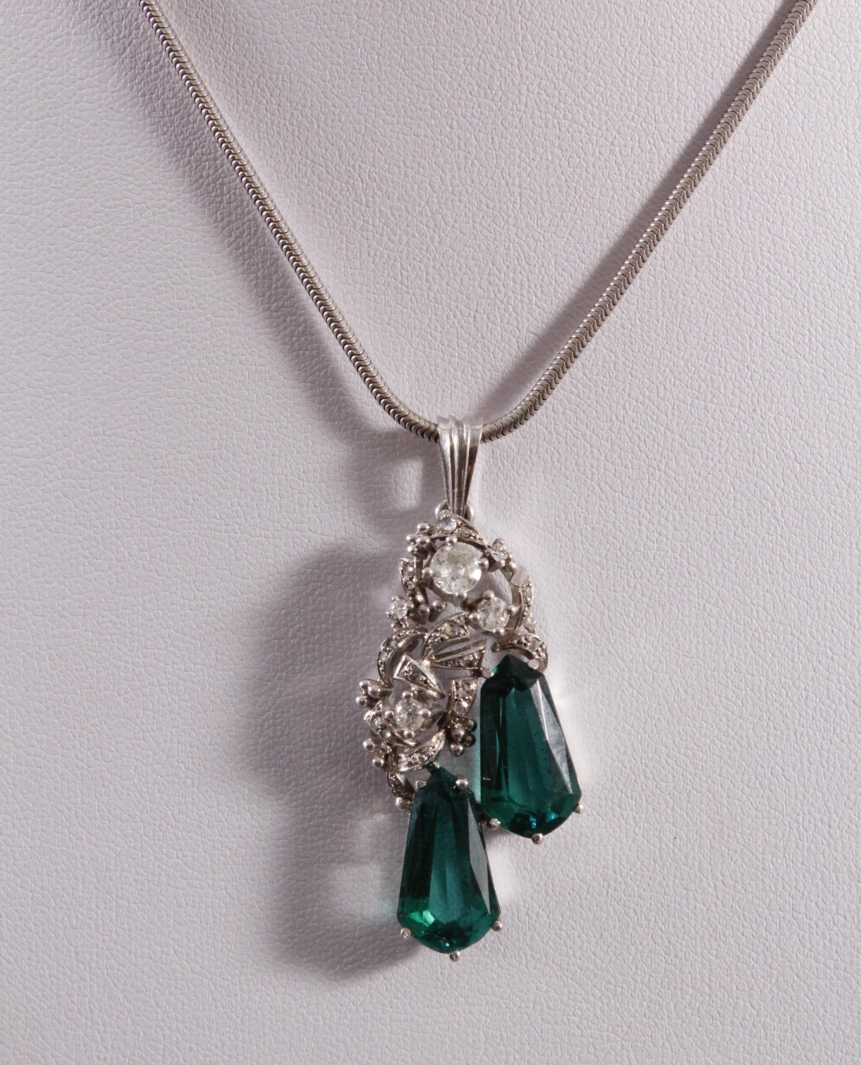 Halskette mit Anhänger 14 kt Weißgold, besetzt mit Diamanten und Turmalin-2