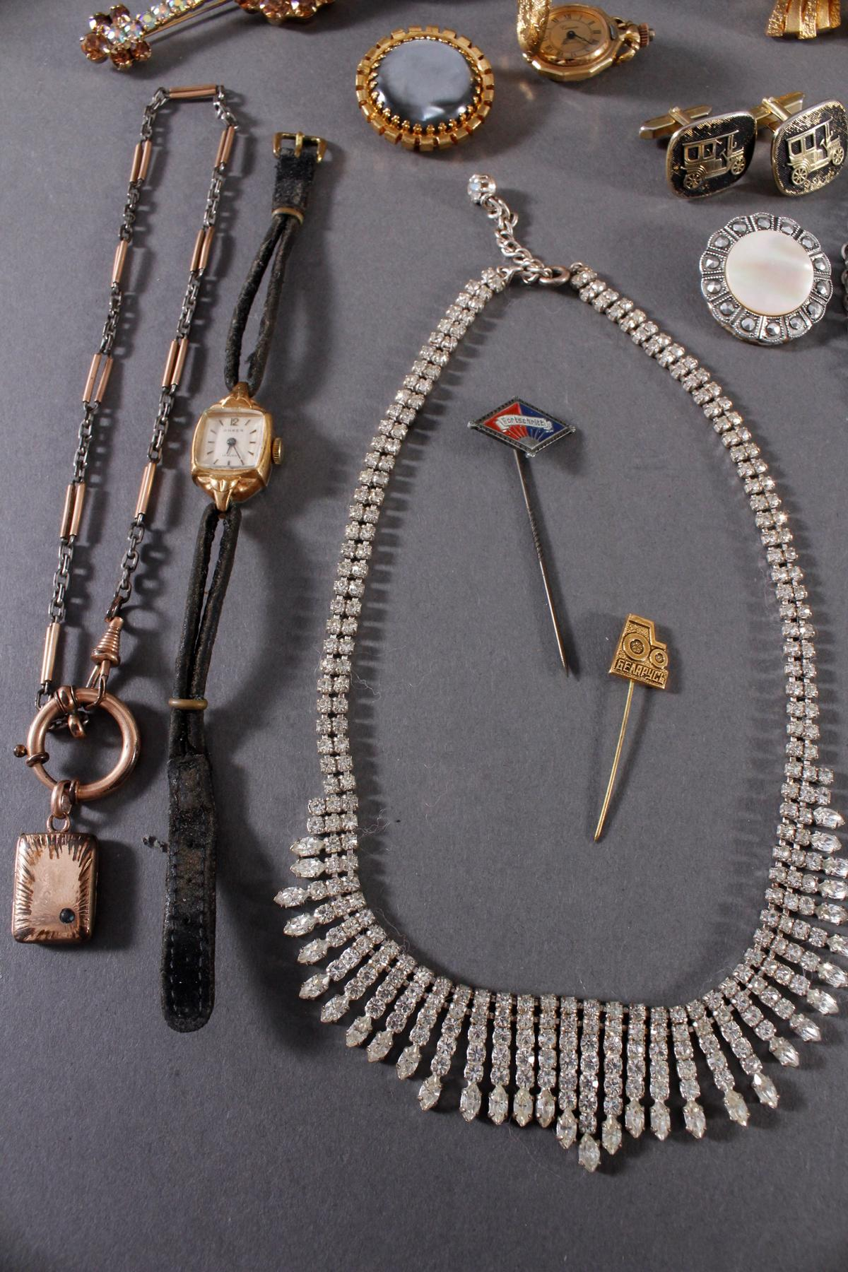 Konvolut Modeschmuck und Gebrauchsgegenstände-4
