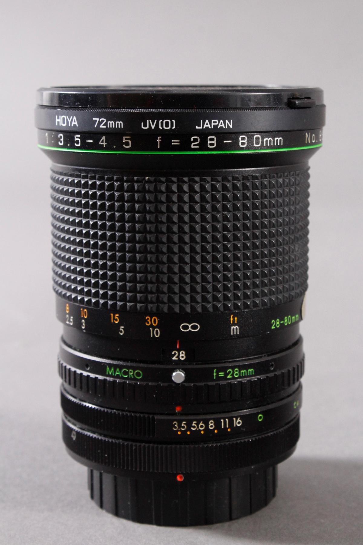 Canon AV 1 mit 2 Objektiven, Zustazblitz und Tasche-3