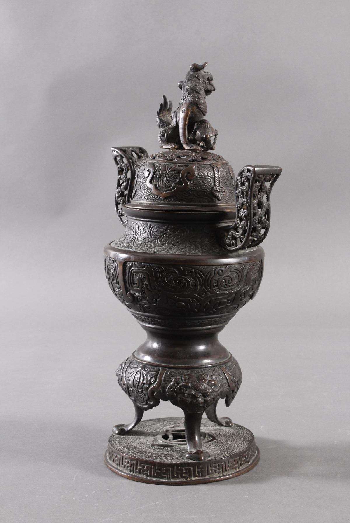 Großer Räucherkoro aus Bronze, China um 1900-7