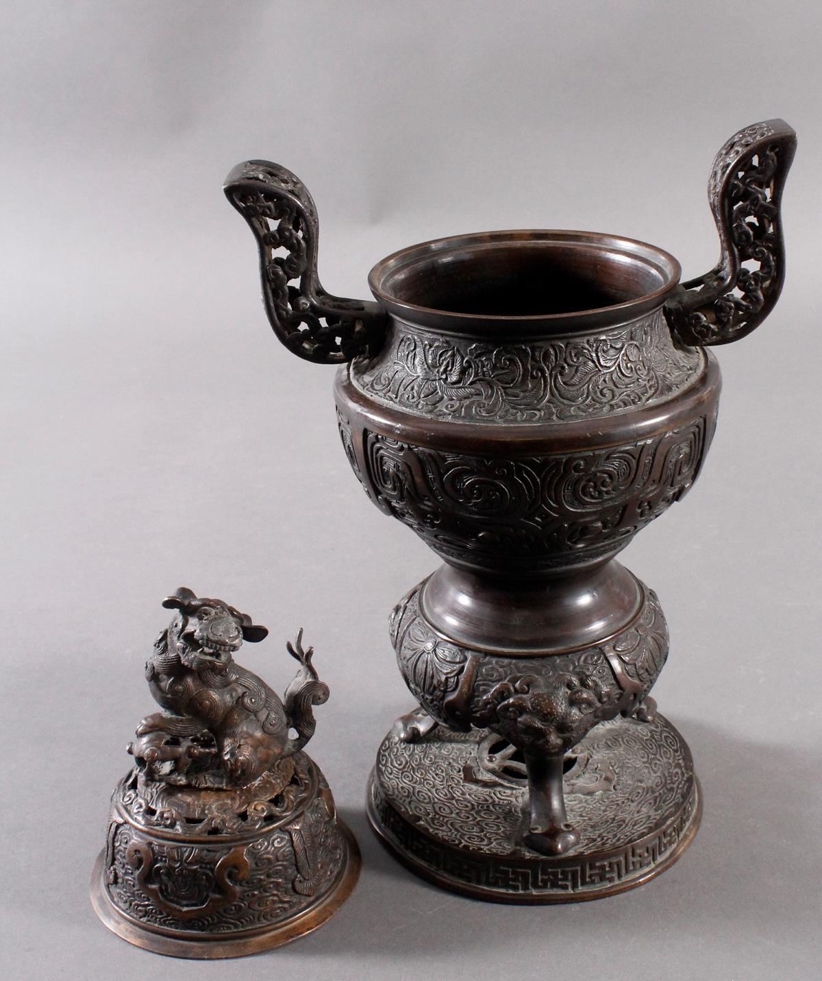 Großer Räucherkoro aus Bronze, China um 1900-9