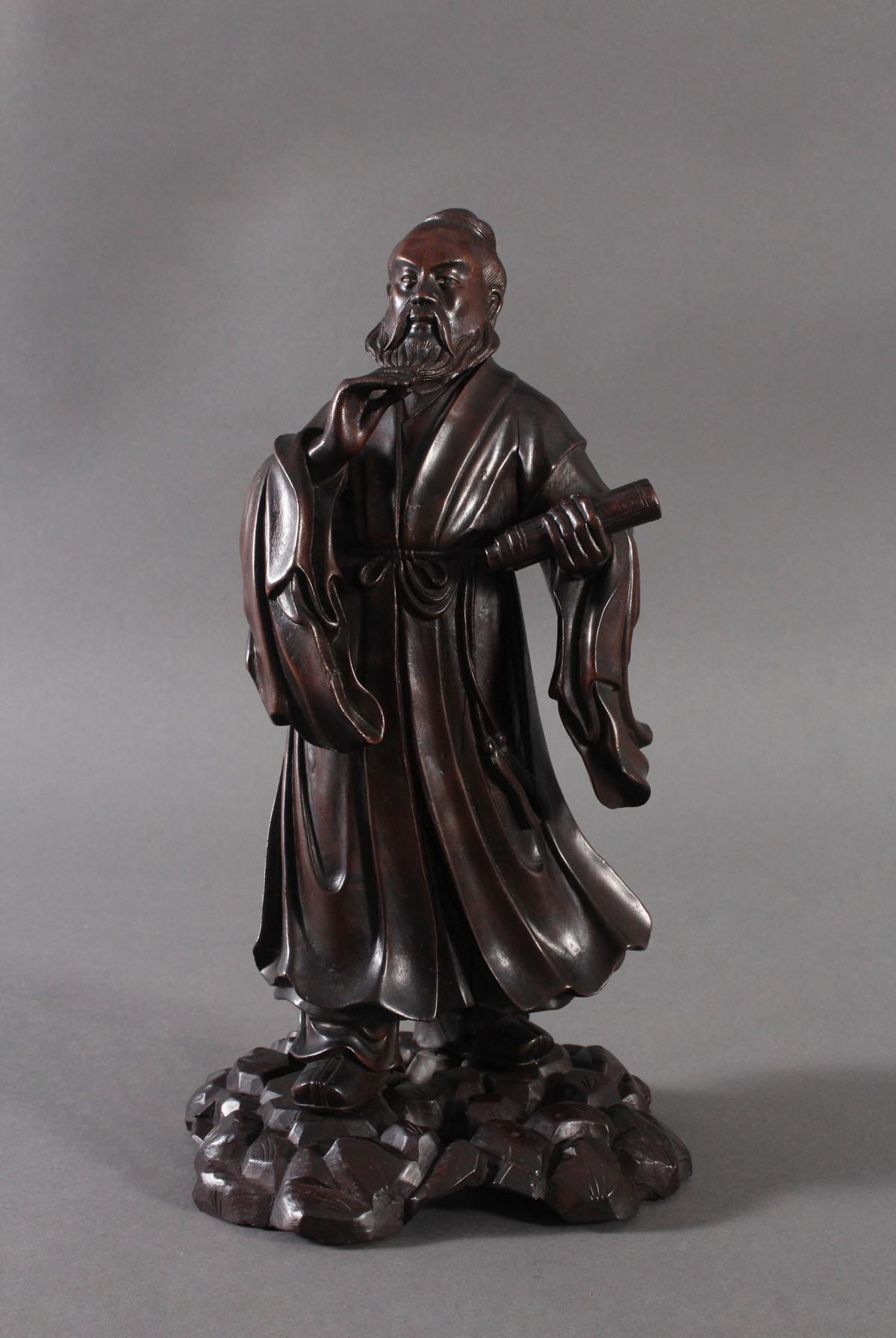 Chinesische Holzskulptur, 'Gelehrter', um 1880