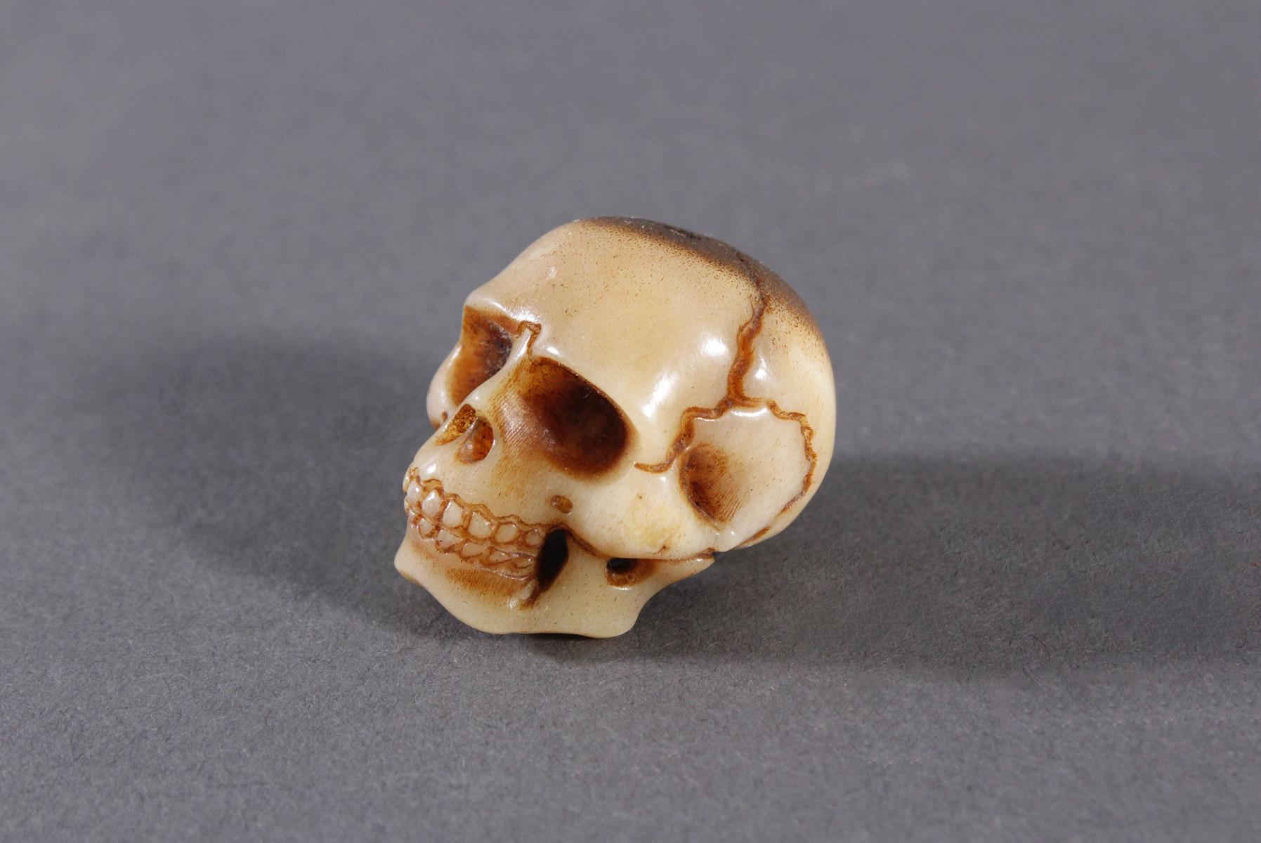 Memento Mori, Miniatur Totenschädel-2