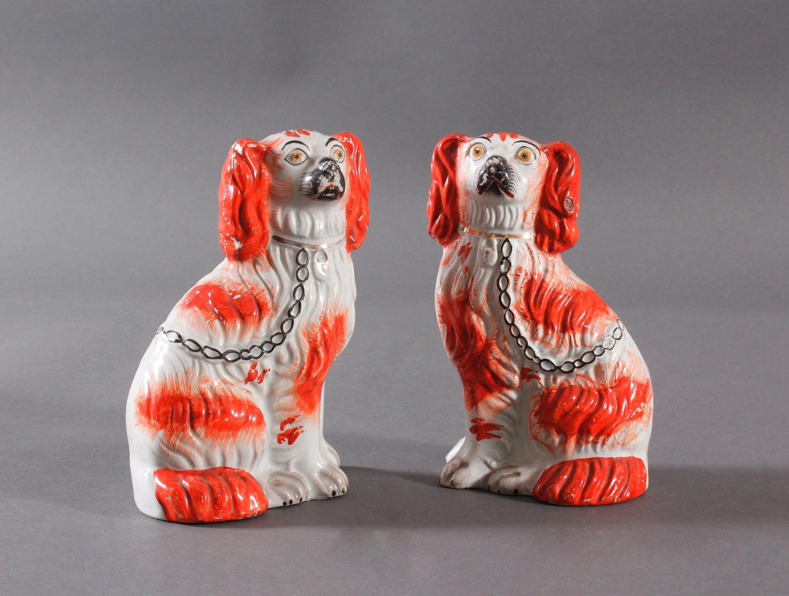 Kamin Hunde-Paar, Staffordshire Spaniels, England 19. Jahrhundert