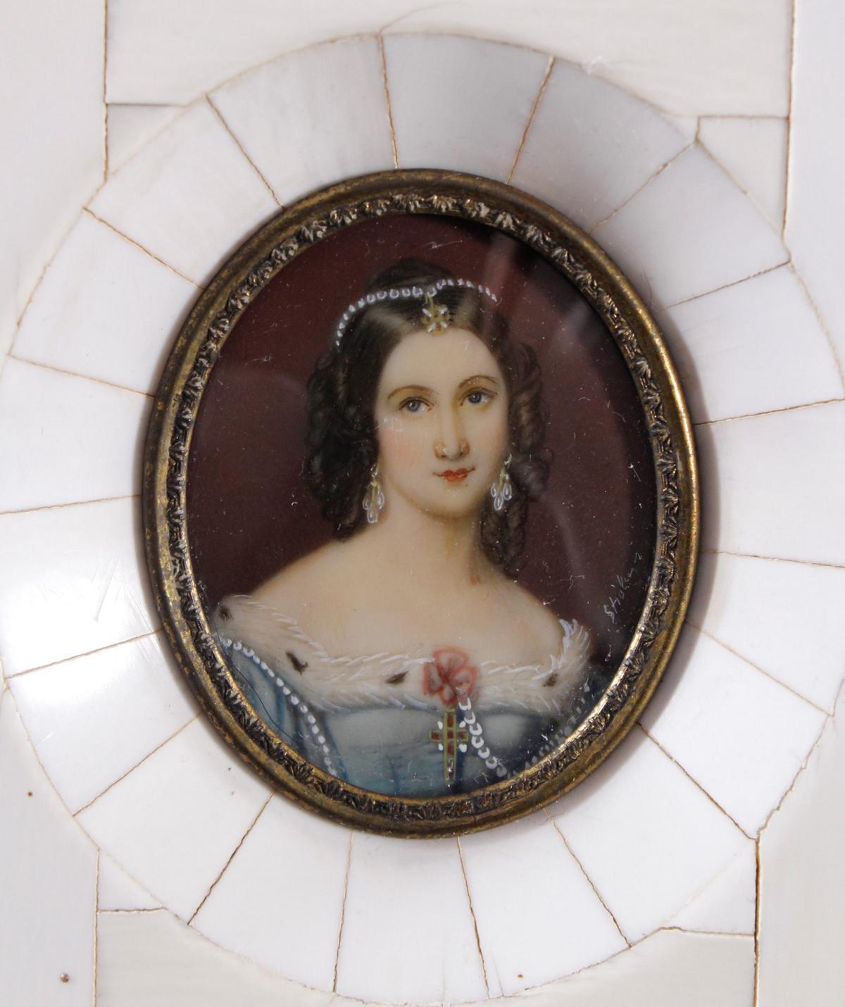 Elfenbein-Miniatur 'Charlotte v. Hagn' aus dem 19. Jh.-2