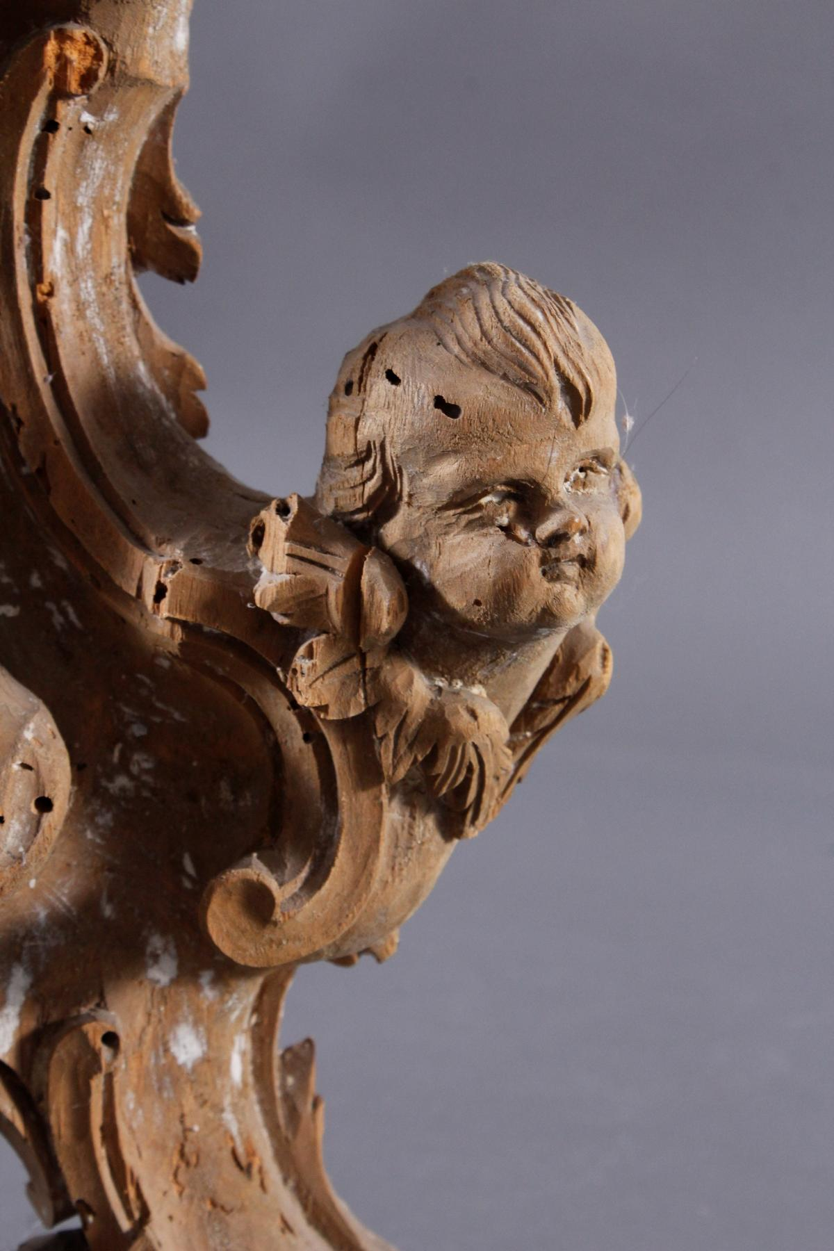 Barocke Skulptur aus Lindenholz mit Puttiköpfen, 18. Jh.-3