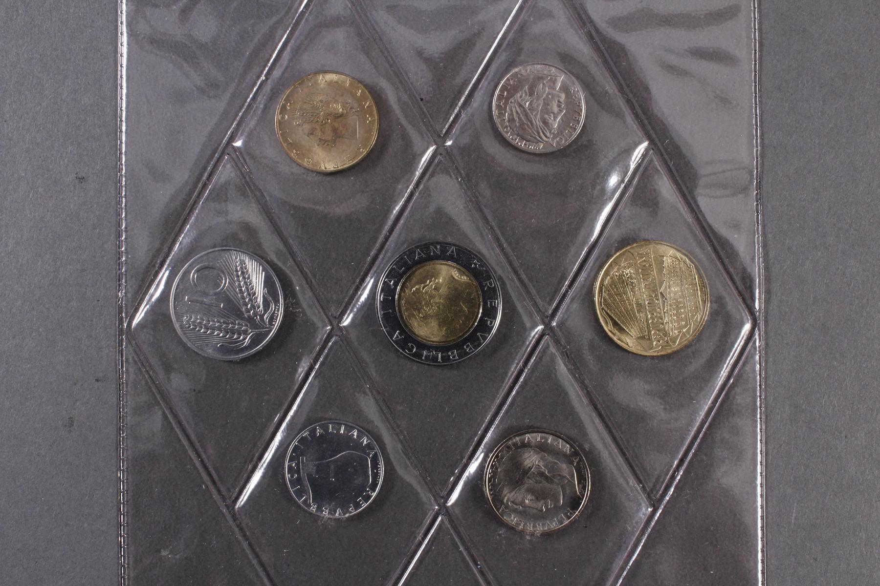 Kleine Sammlung Kursmünzsätze und Sonderprägungen vor Euro-Einführung-12