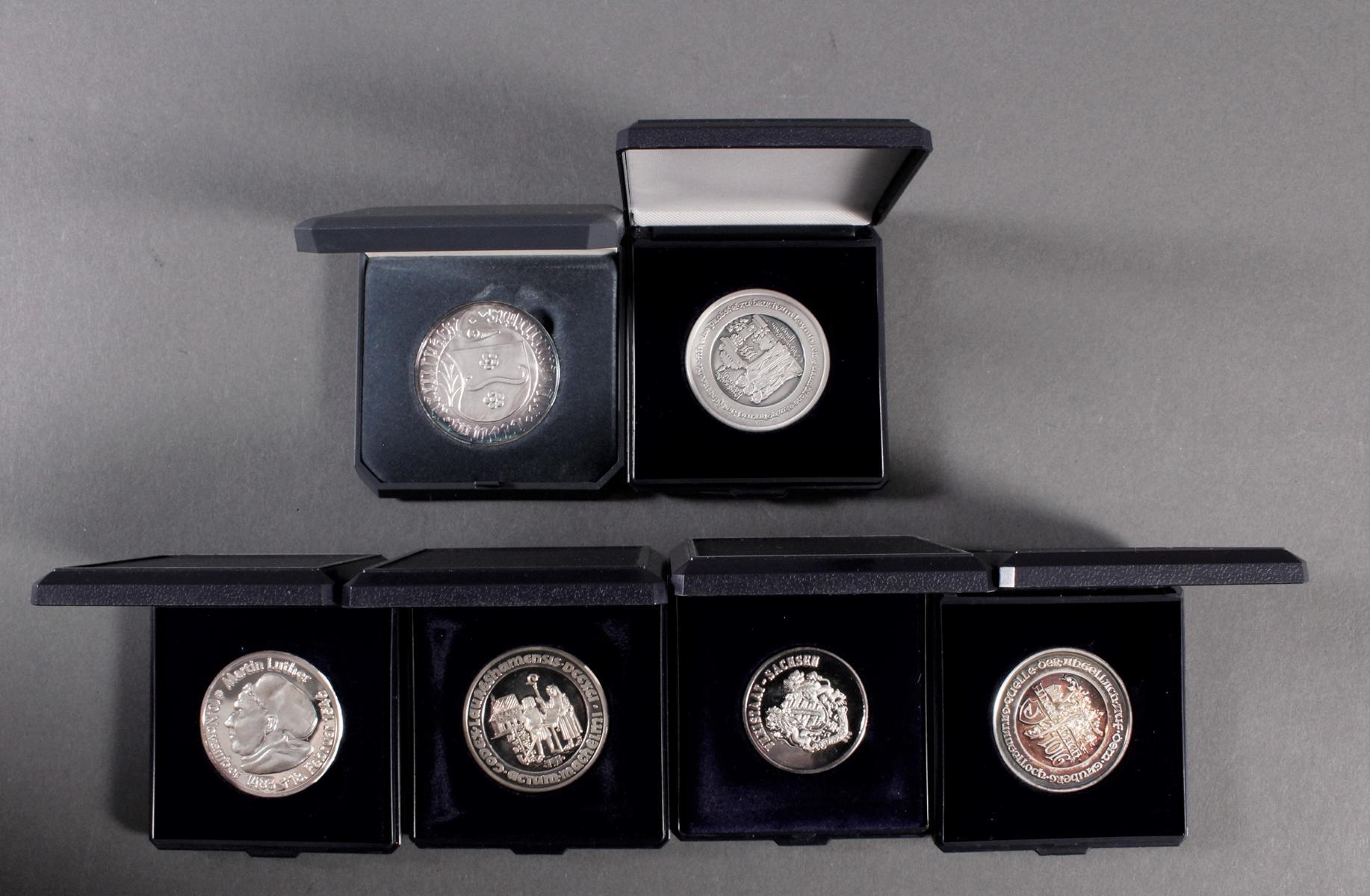 6 Feinsilber Medaillen