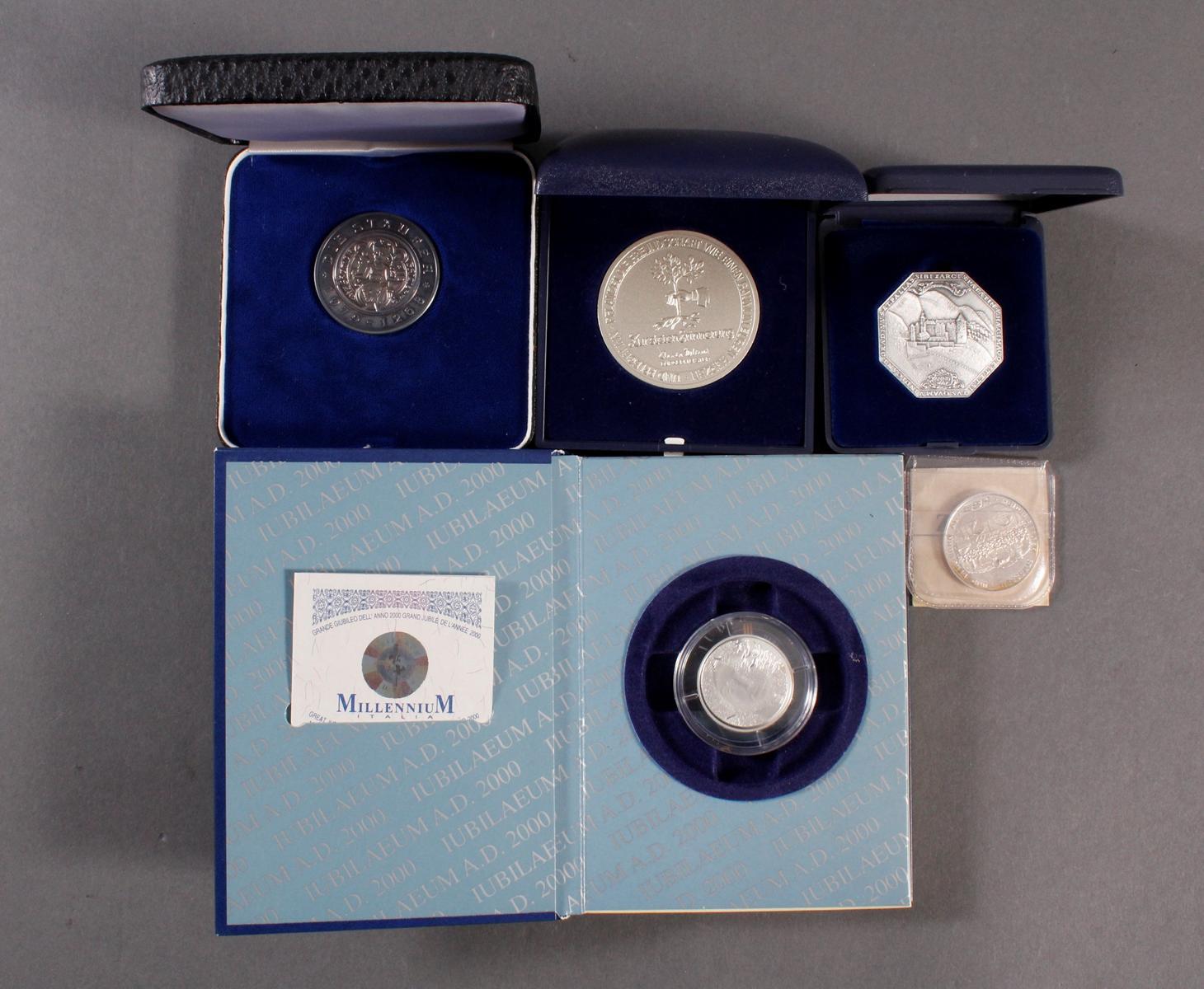 5 Feinsilber Medaillen