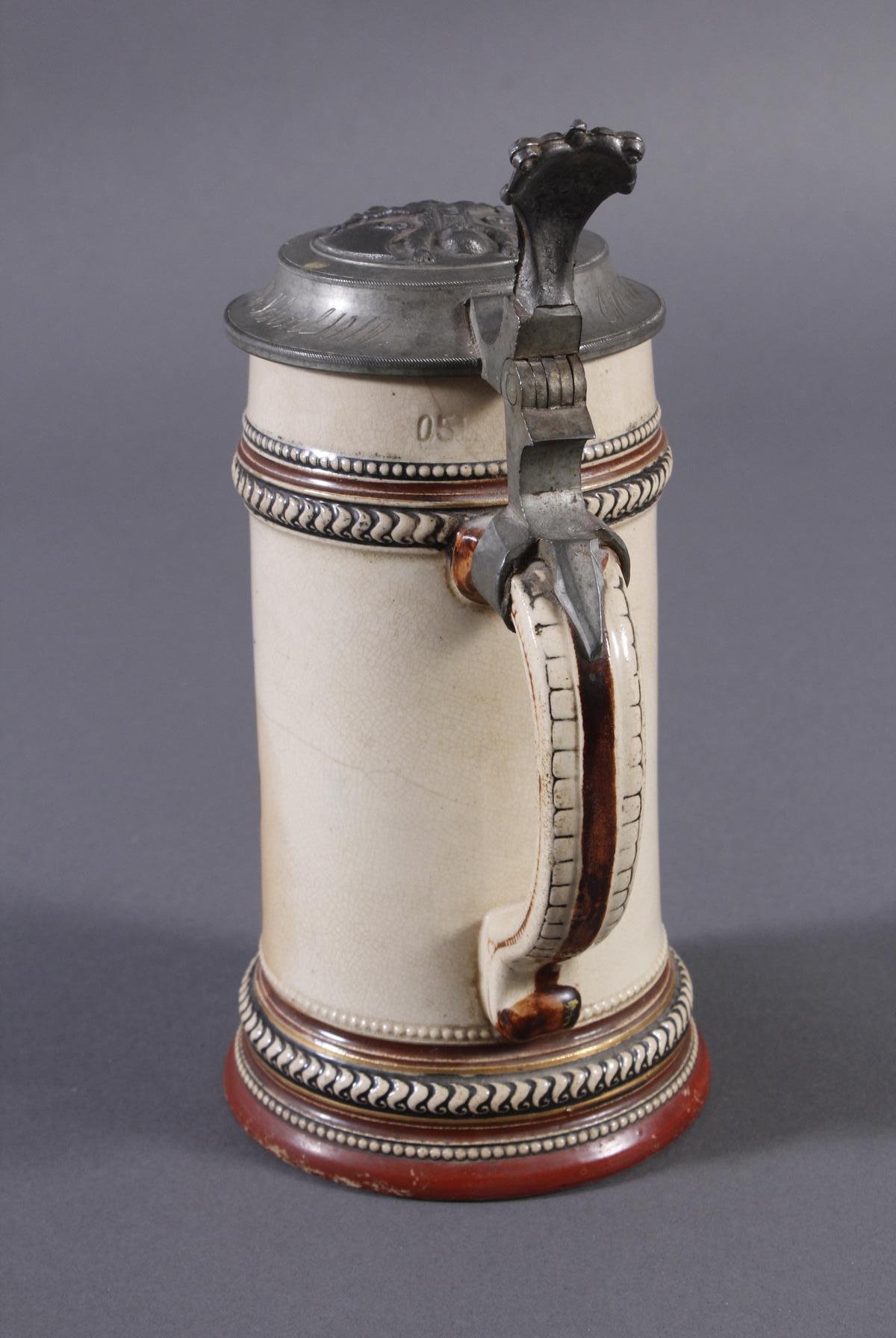 2 Keramikkrüge um 1900, Kegeln und Gewerbeausstellung-7