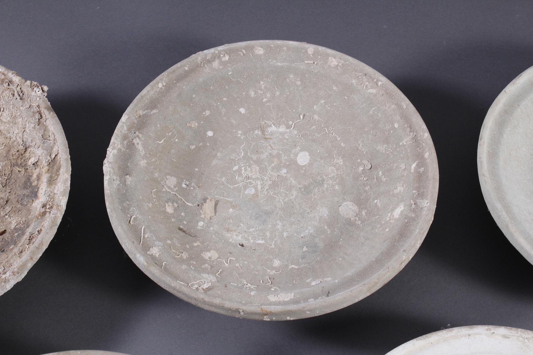 5 Teller, Ankor-Periode 12./13. Jahrhundert, Kambodscha-3