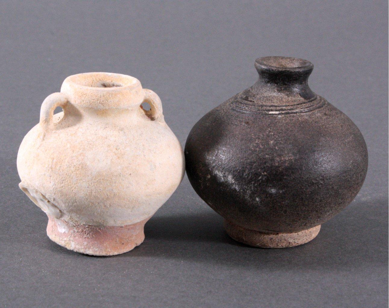 2 kleine Vorratsgefäße, Ankor-Periode 12./13. Jahrhundert, Kambodscha-2